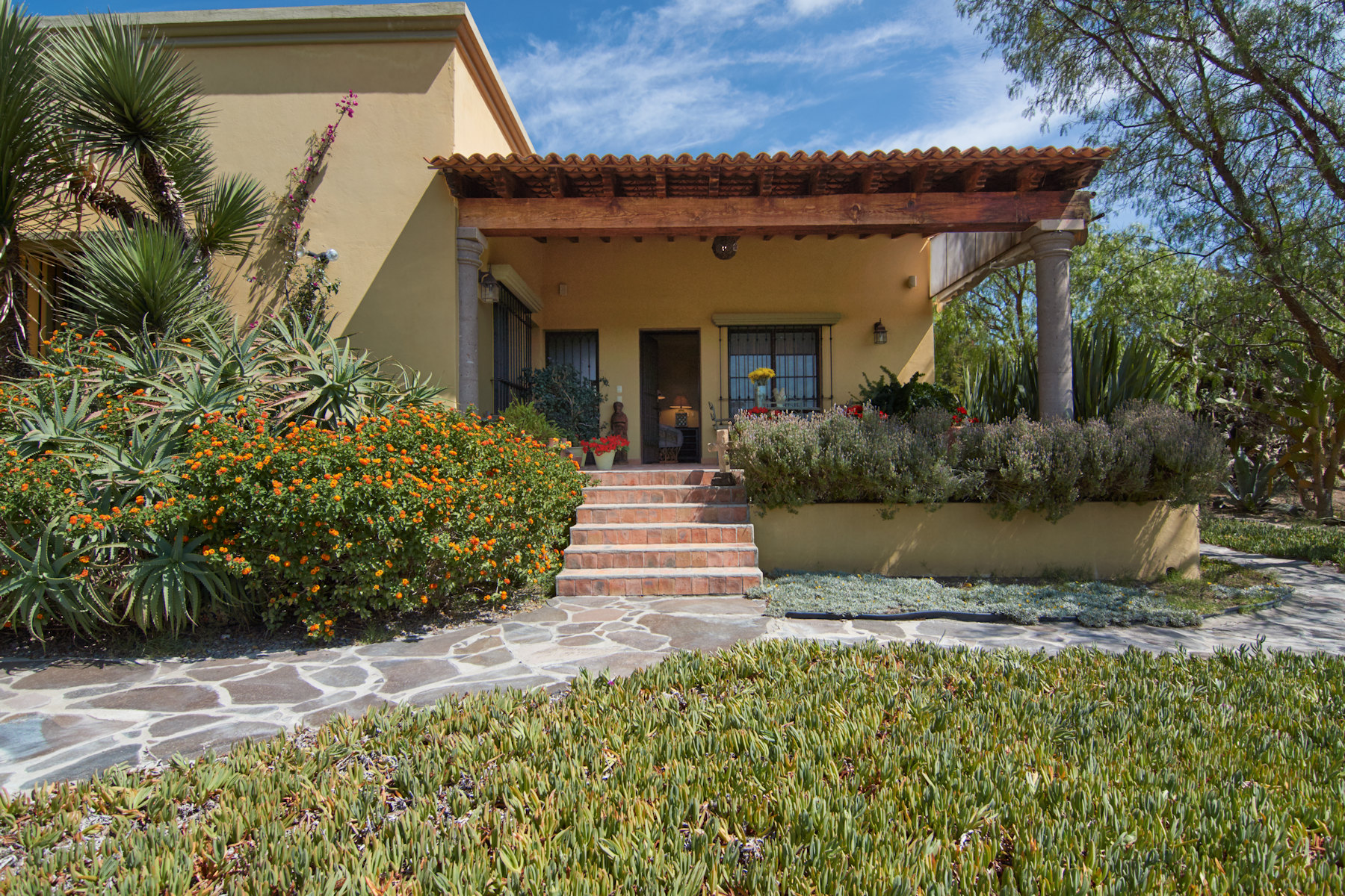 Additional photo for property listing at Casa Pirules Country Property, San Miguel De Allende, Guanajuato Mexico