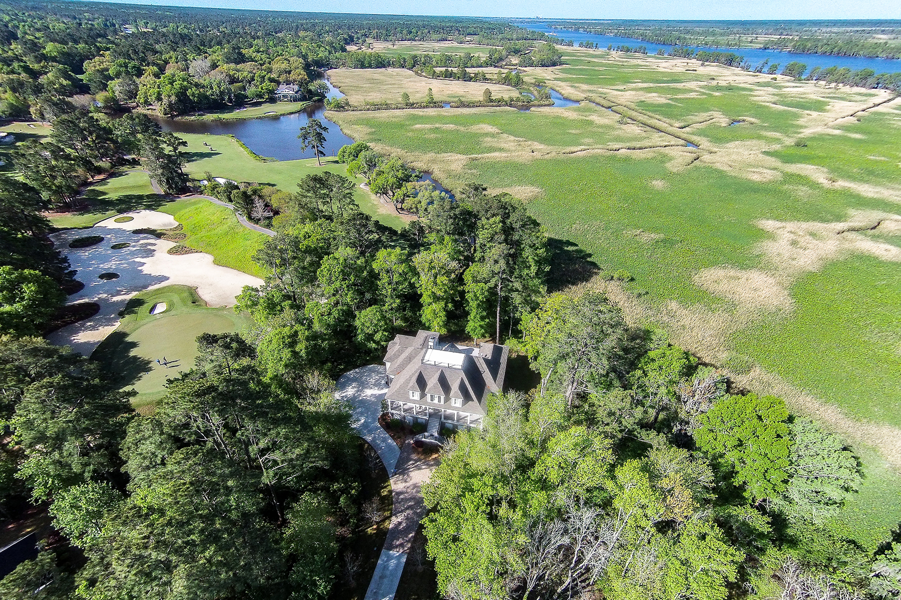 Single Family Home for Sale at 171 Olde Canal Loop 171 Olde Canal Loop Pawleys Island, South Carolina 29585 United States