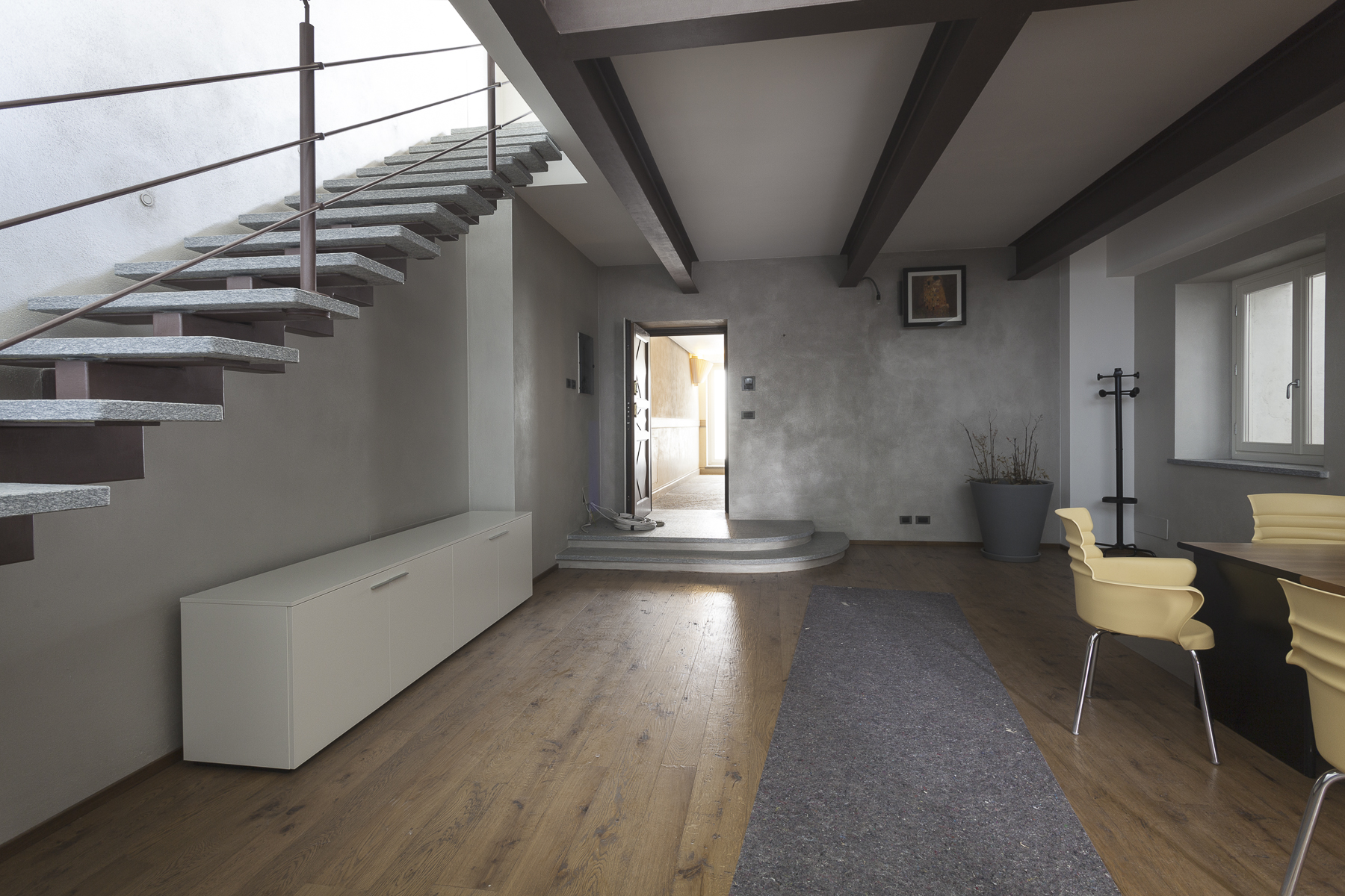 Additional photo for property listing at Exclusive Attic in Piazza San Carlo  Torino, Turin 10121 Italien