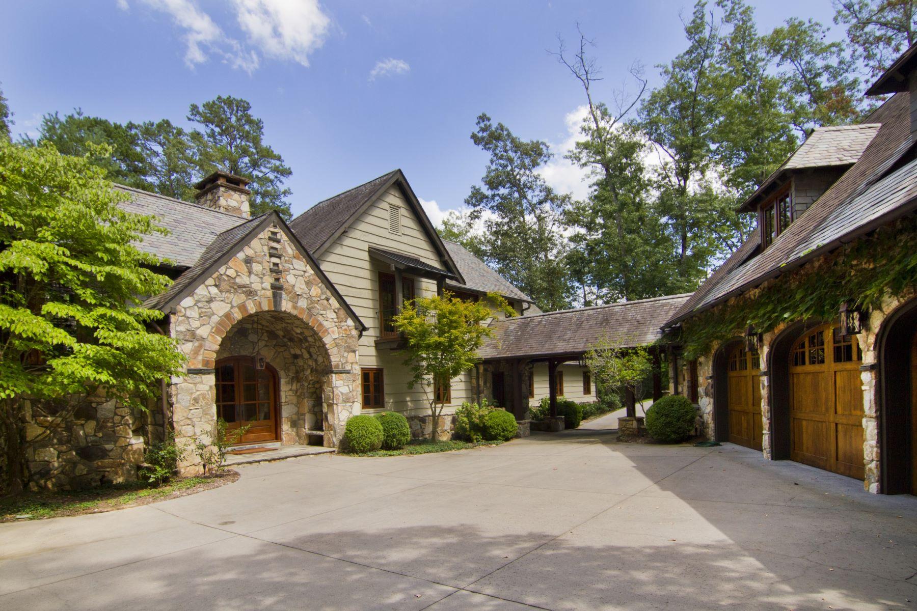 Villa per Vendita alle ore English Country Meets Mountain Lake 305 Kingfisher Lane The Cliffs At Keowee Falls, Salem, Carolina Del Sud, 29676 Stati Uniti