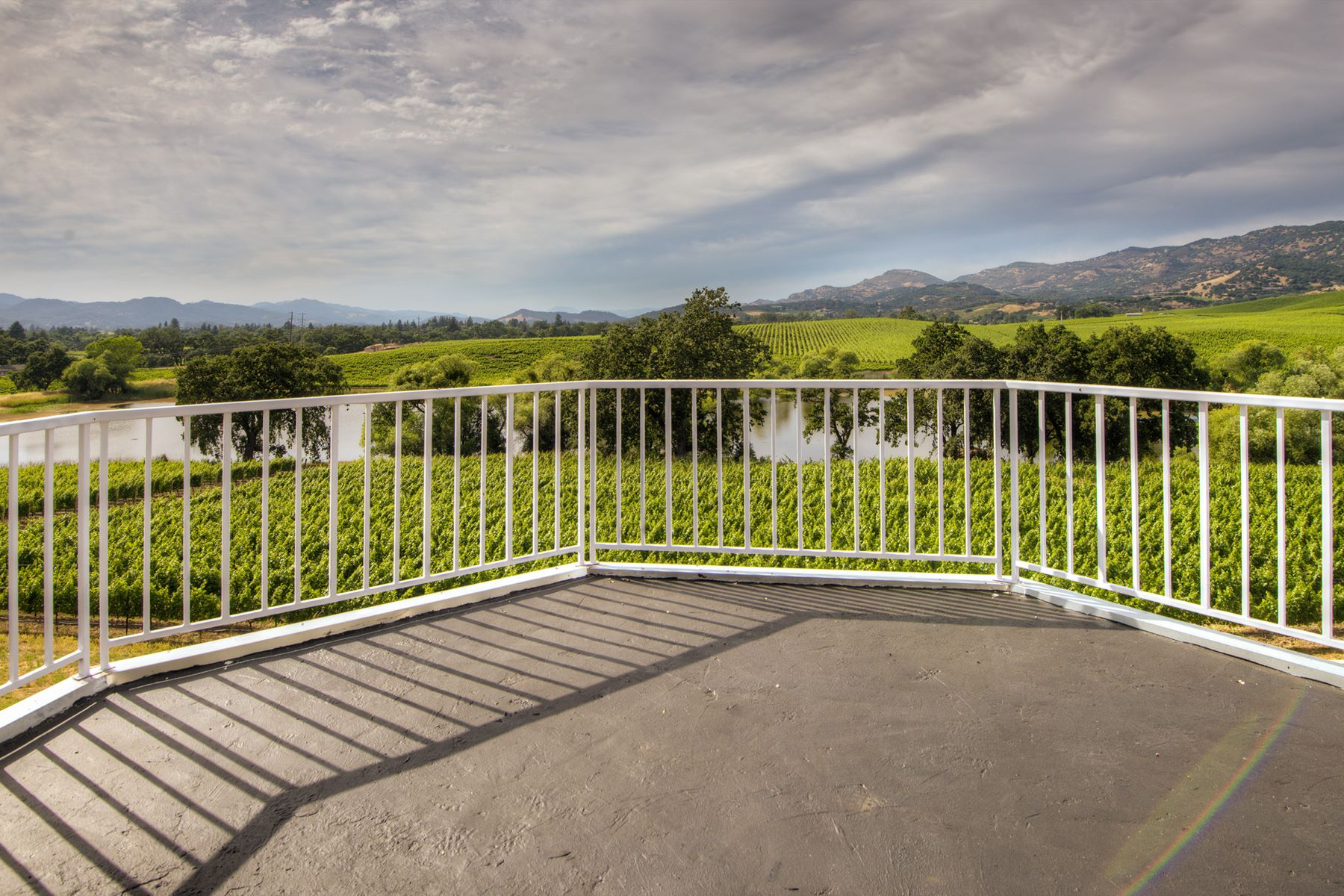 Additional photo for property listing at Napa Valley Vineyard Estate with Panoramic Views 1100 Hardman Avenue Napa, California 94558 United States