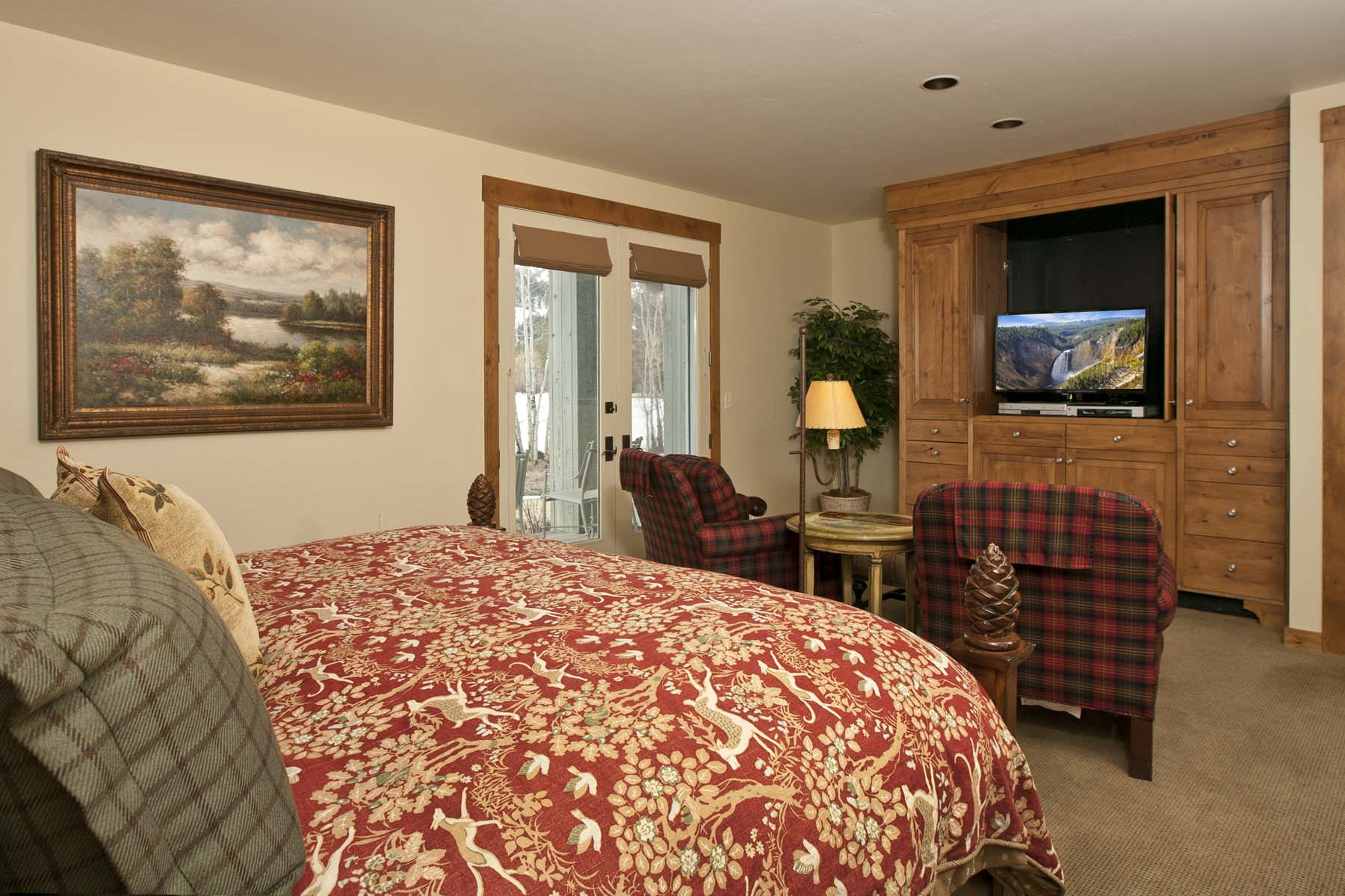 Fractional Ownership for Sale at Turn-Key in Teton Pines 3466 N Clubhouse Dr. 3E Wilson, Wyoming 83014 United States