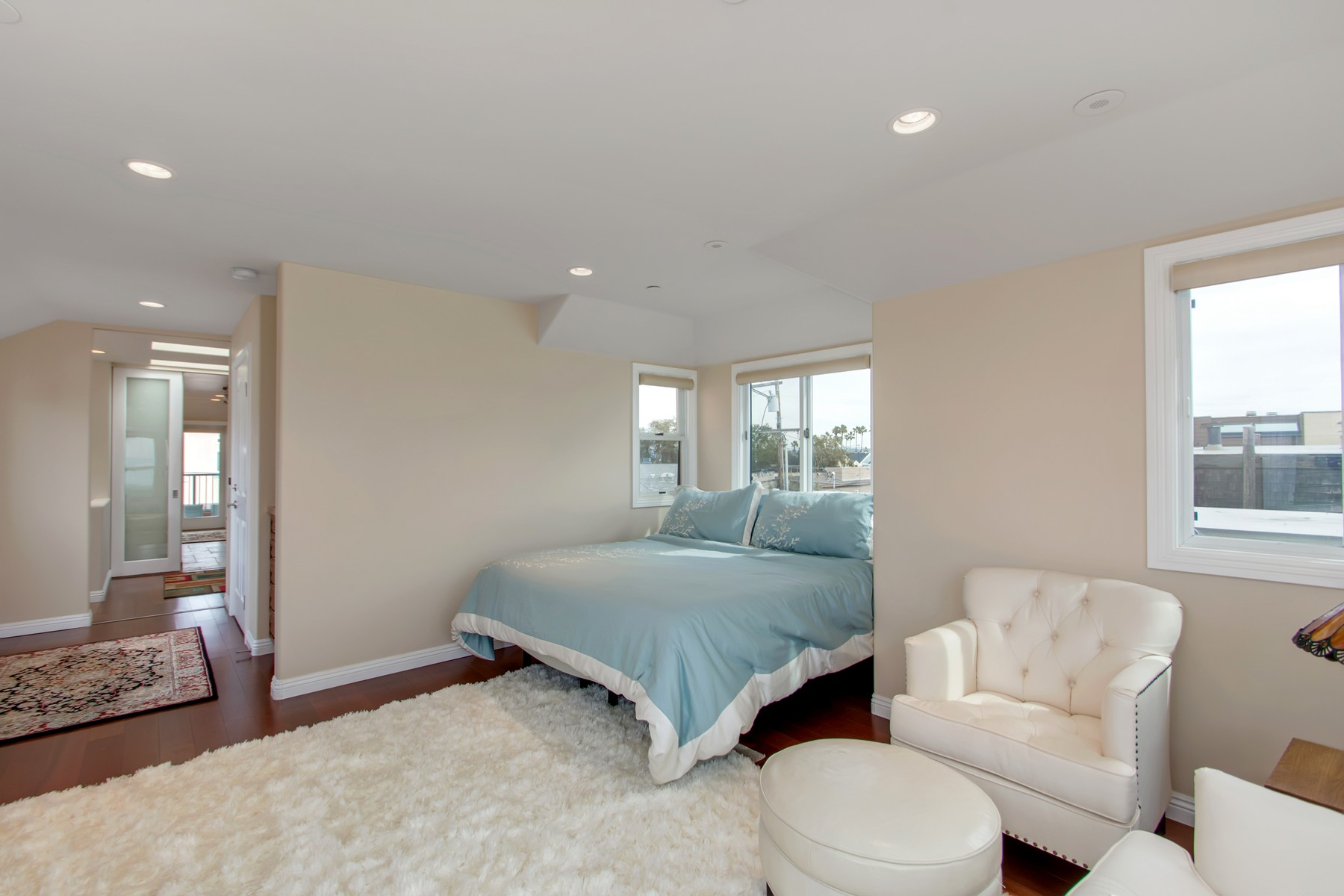 Additional photo for property listing at 2636 Ocean Front Walk  San Diego, California 92109 United States
