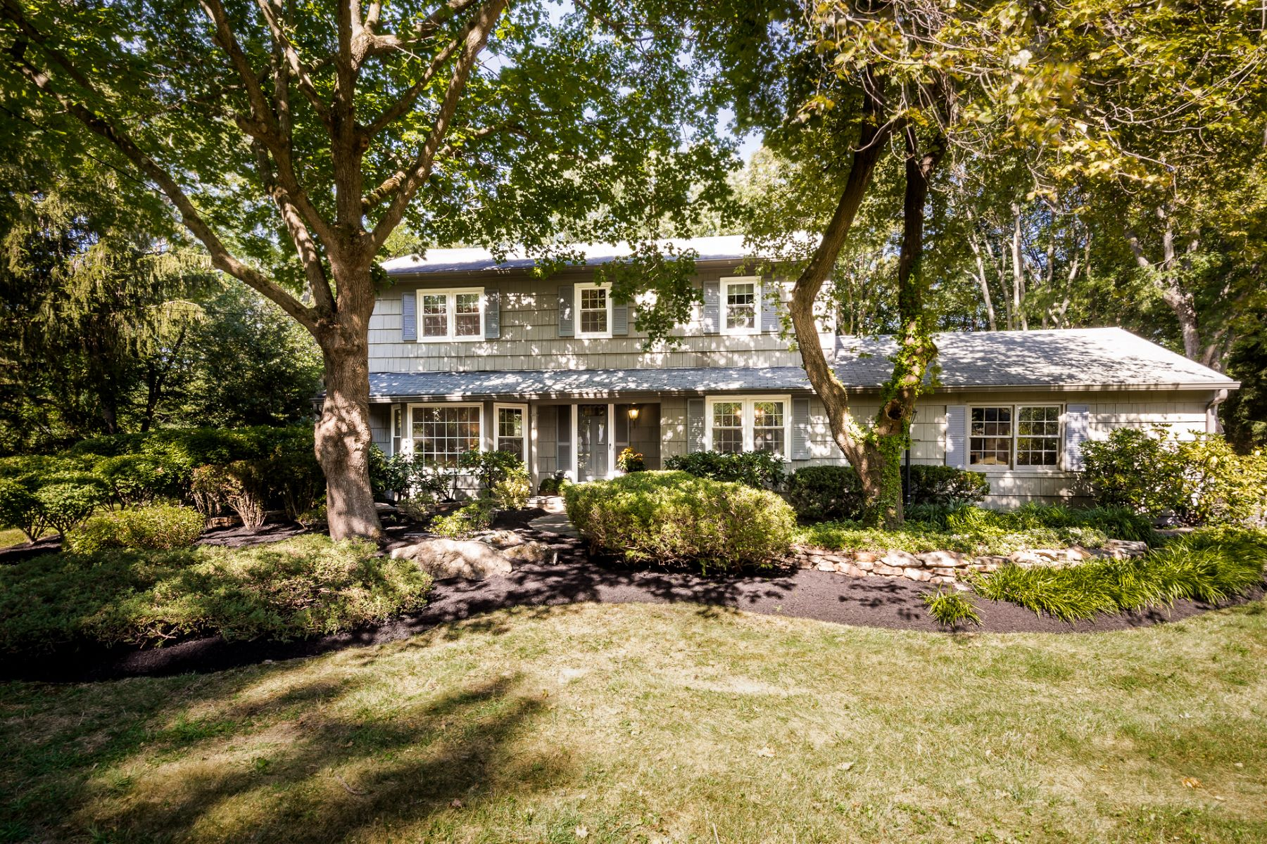 Single Family Home for Sale at Sunny West Windsor Home on .71 Acres 5 Hathaway Drive West Windsor, New Jersey 08550 United States