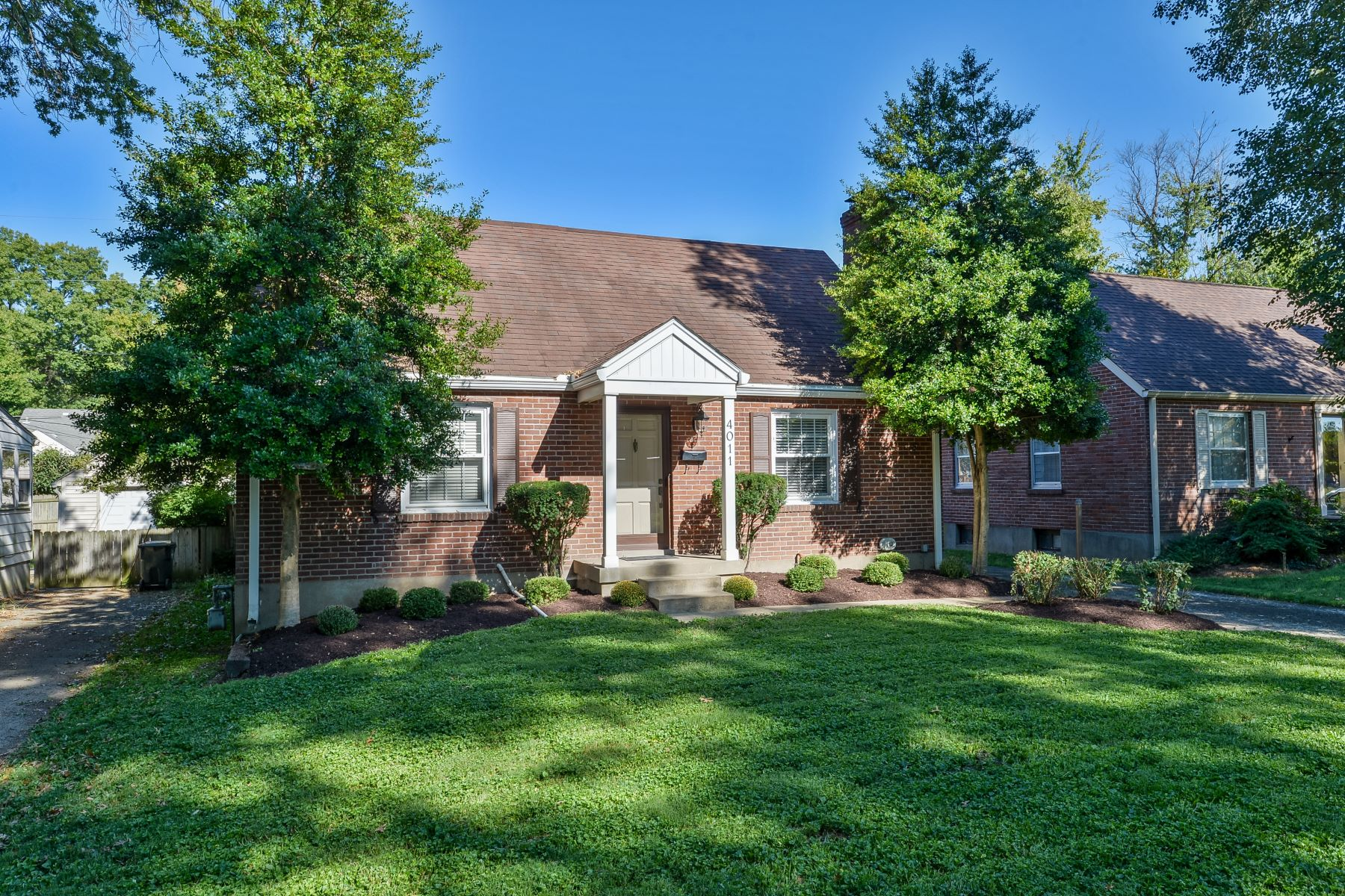 Additional photo for property listing at 4011 Brownlee Road  Louisville, Kentucky 40207 United States