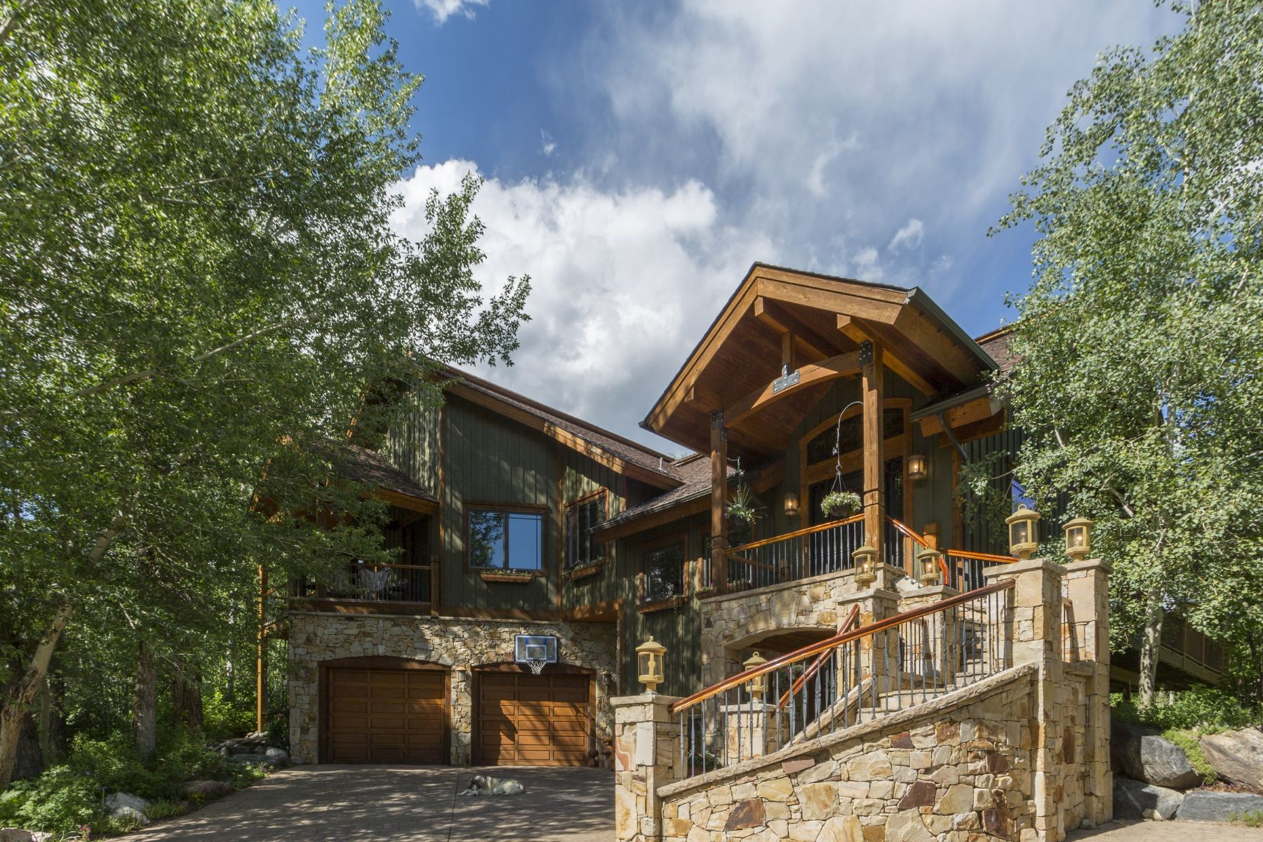 Single Family Home for Sale at Desirable Mountain View Estates 687 Meadowbrook Circle Steamboat Springs, Colorado 80487 United States