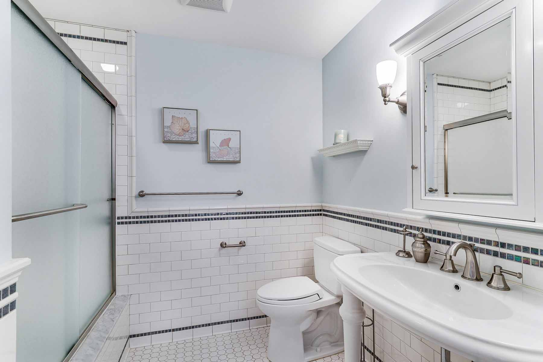 Additional photo for property listing at 9219 Atlantic Unit 1  Margate, New Jersey 08402 United States