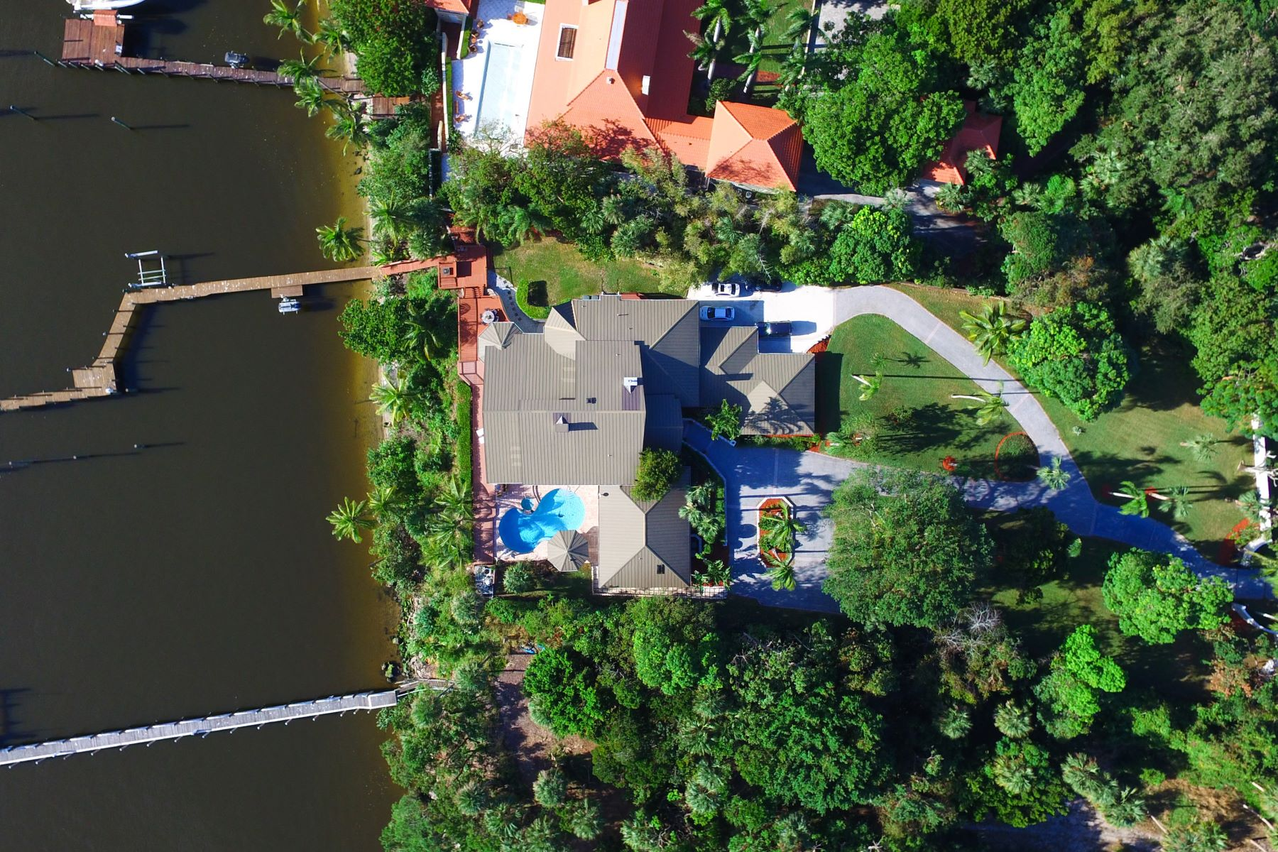 Additional photo for property listing at 137 S River Road  Stuart, Florida 34996 United States