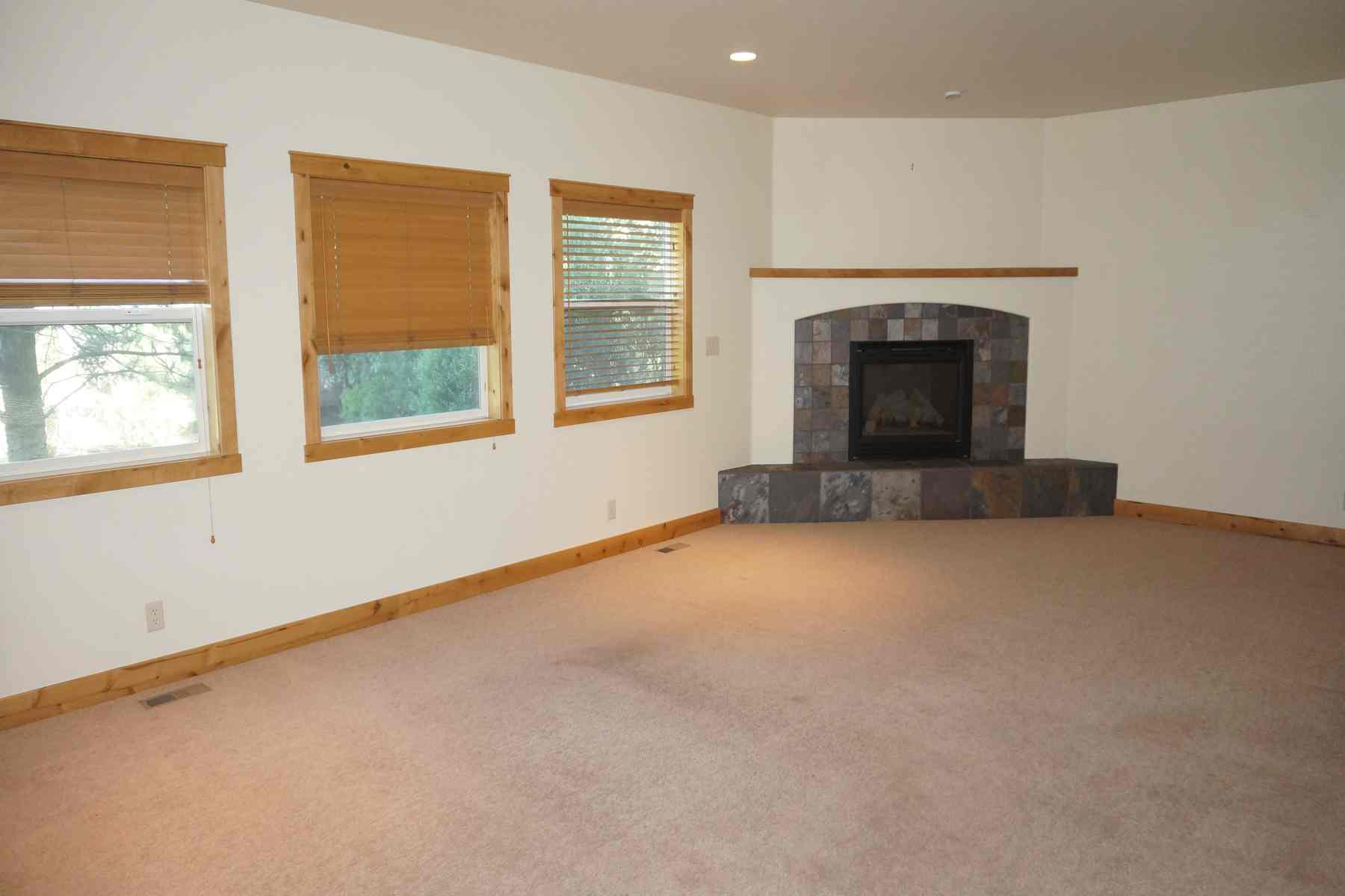 Additional photo for property listing at Northtidge Craftsman 1261 N. Second Ave Hailey, Idaho 83333 United States