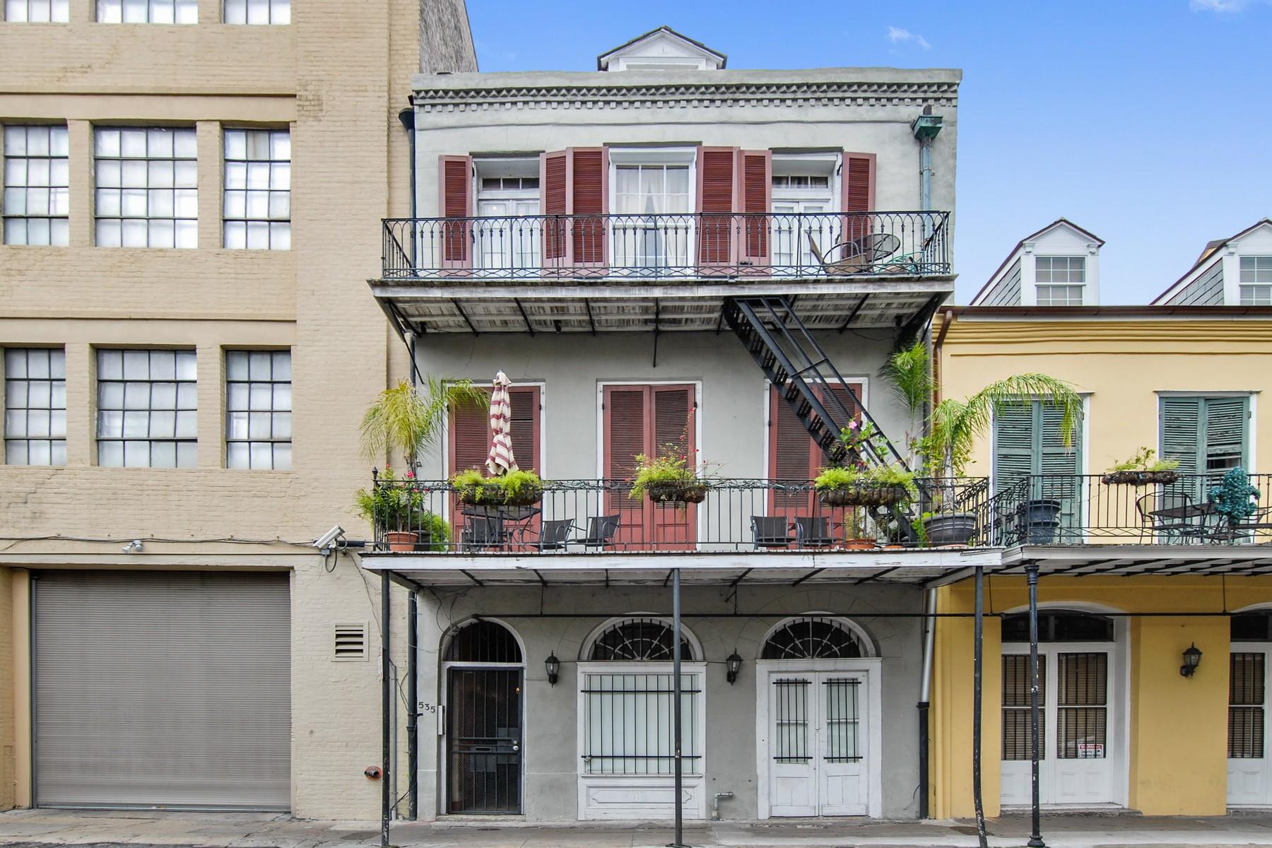 Copropriété pour l Vente à 535 St. Philip Street 535 St Philip St #5 New Orleans, Louisiana, 70116 États-Unis
