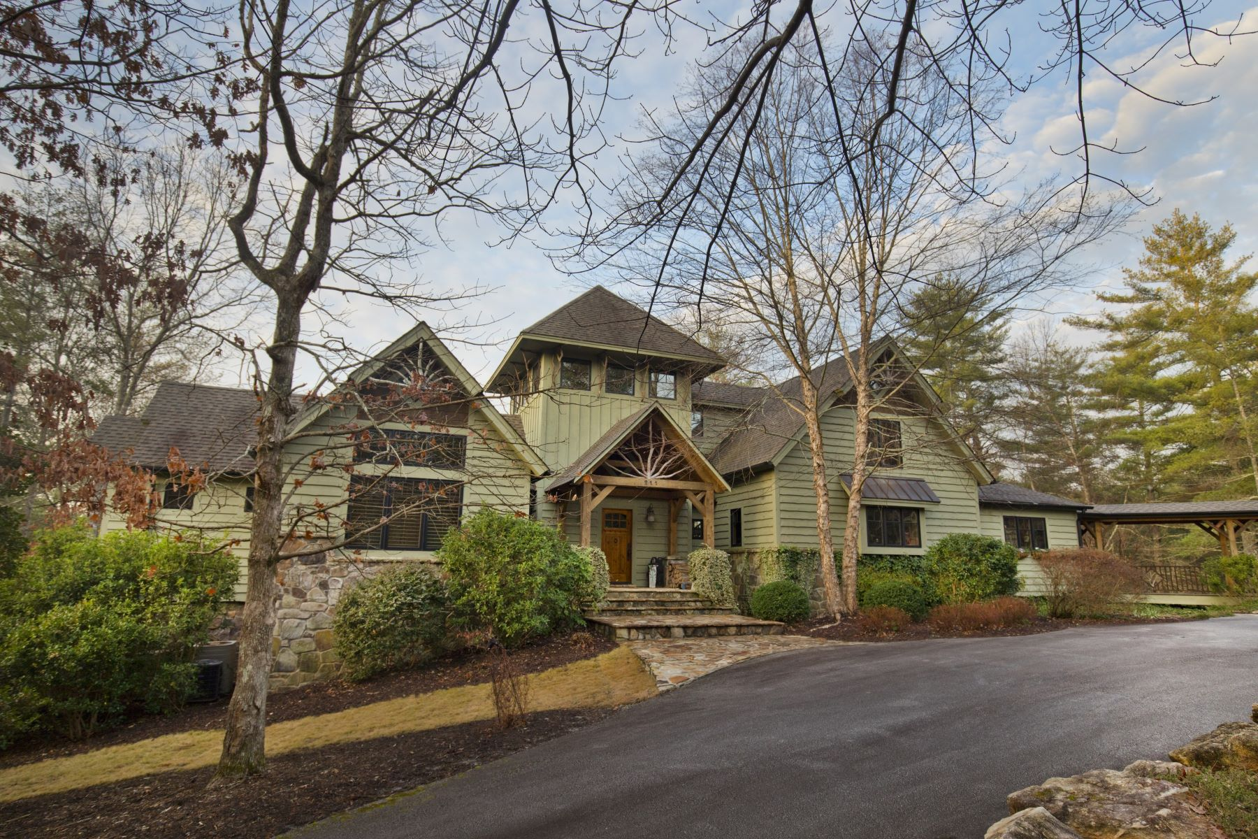 Single Family Home for Sale at Spacious & Enchanting Mill Creek Post & Beam Mountain-Lake Home 211 Vineyard Park The Cliffs At Keowee Vineyards, Sunset, South Carolina, 29685 United States