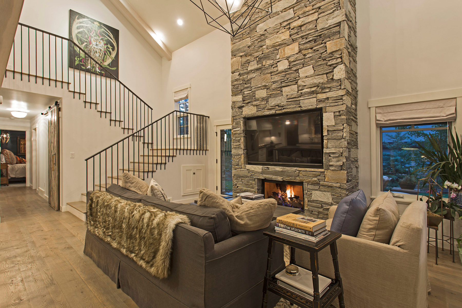 Additional photo for property listing at Park Meadows Perfection! 2525 Holiday Ranch Loop Park City, Utah 84060 United States