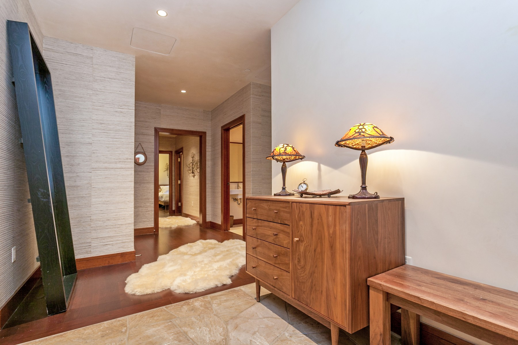 Additional photo for property listing at Solaris 5B East 141 East Meadow Drive #5B E Vail, Colorado 81657 United States