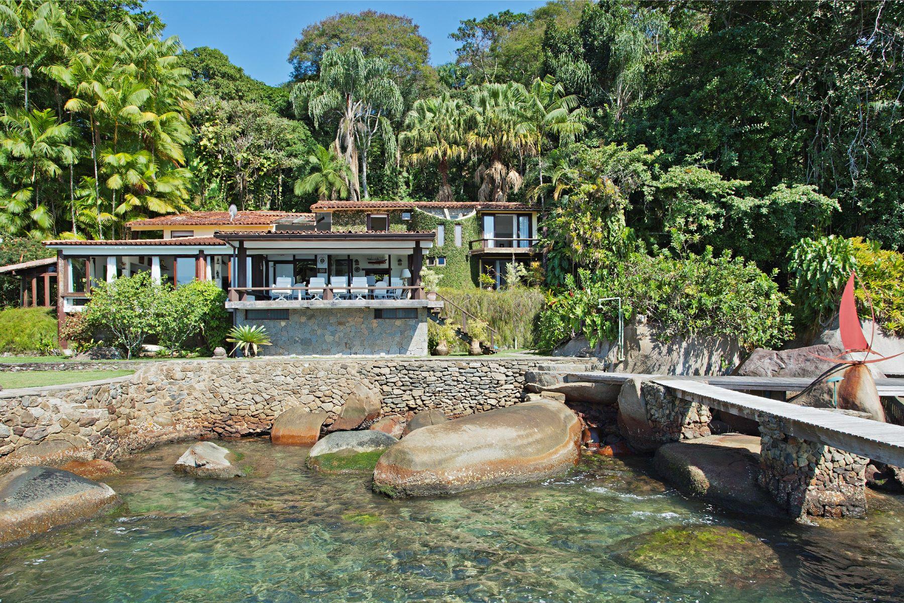 واحد منزل الأسرة للـ Sale في Surrounded by Ocean Rua Costeira do Jaca Ponta das Pedras Angra Dos Reis, Rio De Janeiro, 23946015 Brazil