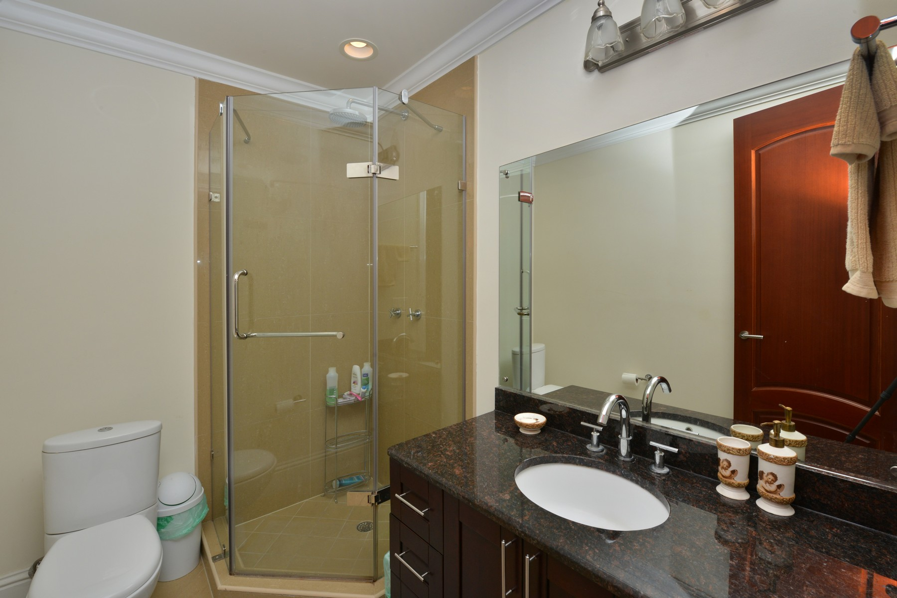 Additional photo for property listing at Columbus Cove Corner Unit Columbus Cove, 爱情海滩, 新普罗维登斯/拿骚 巴哈马