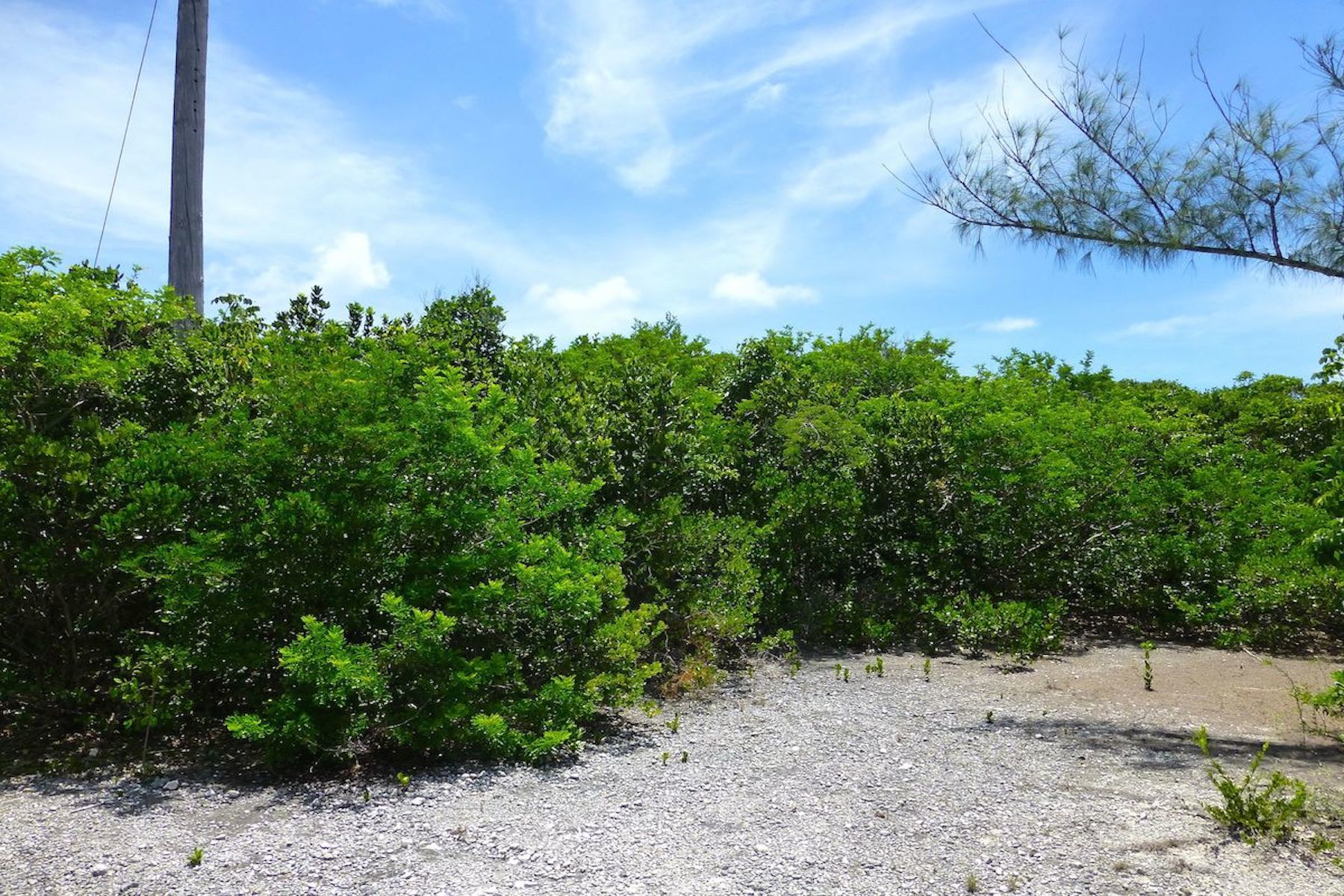 Land for Sale at Lot 29, Block 52, Section D Rainbow Bay, Eleuthera Bahamas