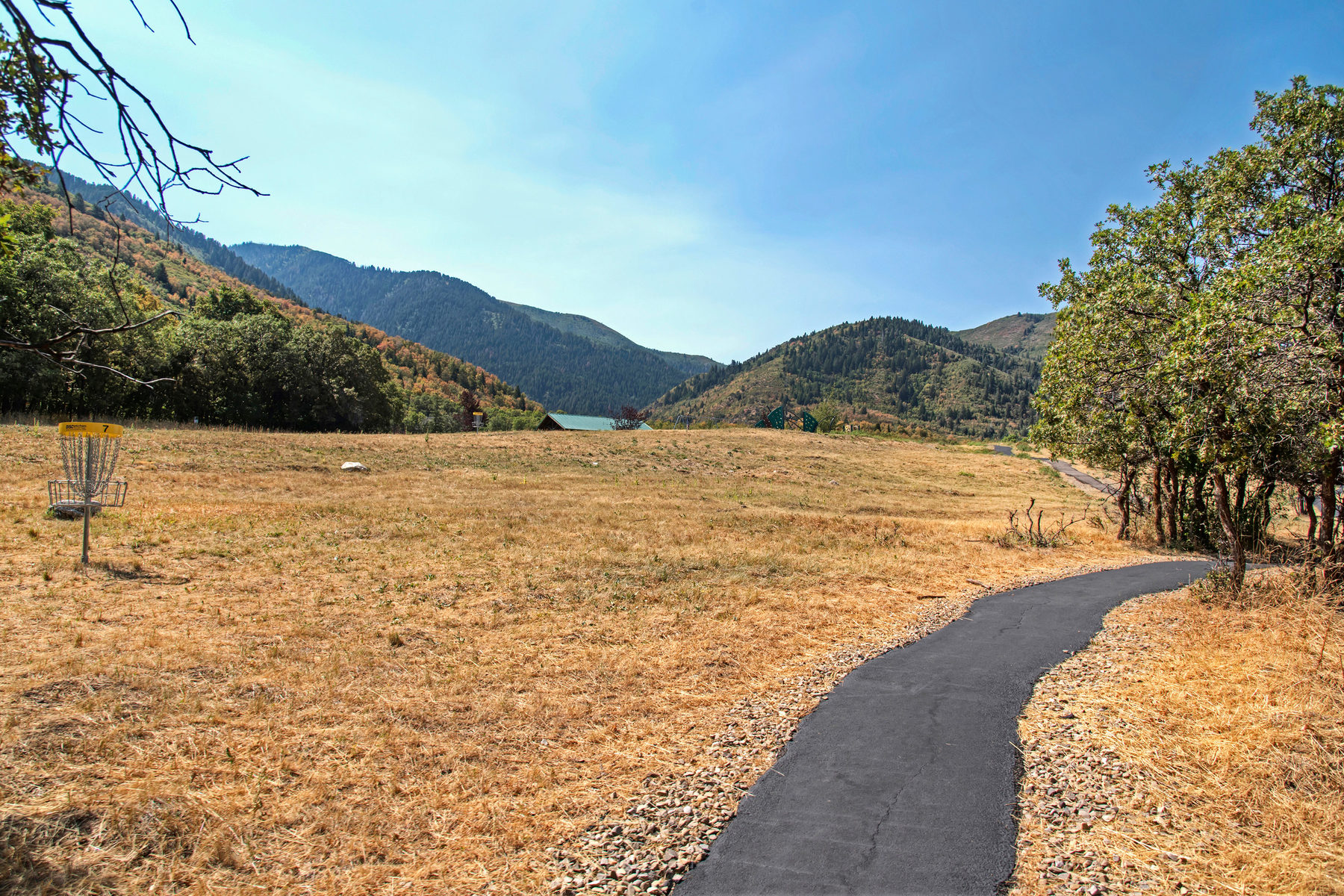 Additional photo for property listing at Over One Acre in Woodland Hills 75 E Deer Meadow Lot 95 伍德兰山, 犹他州 84653 美国