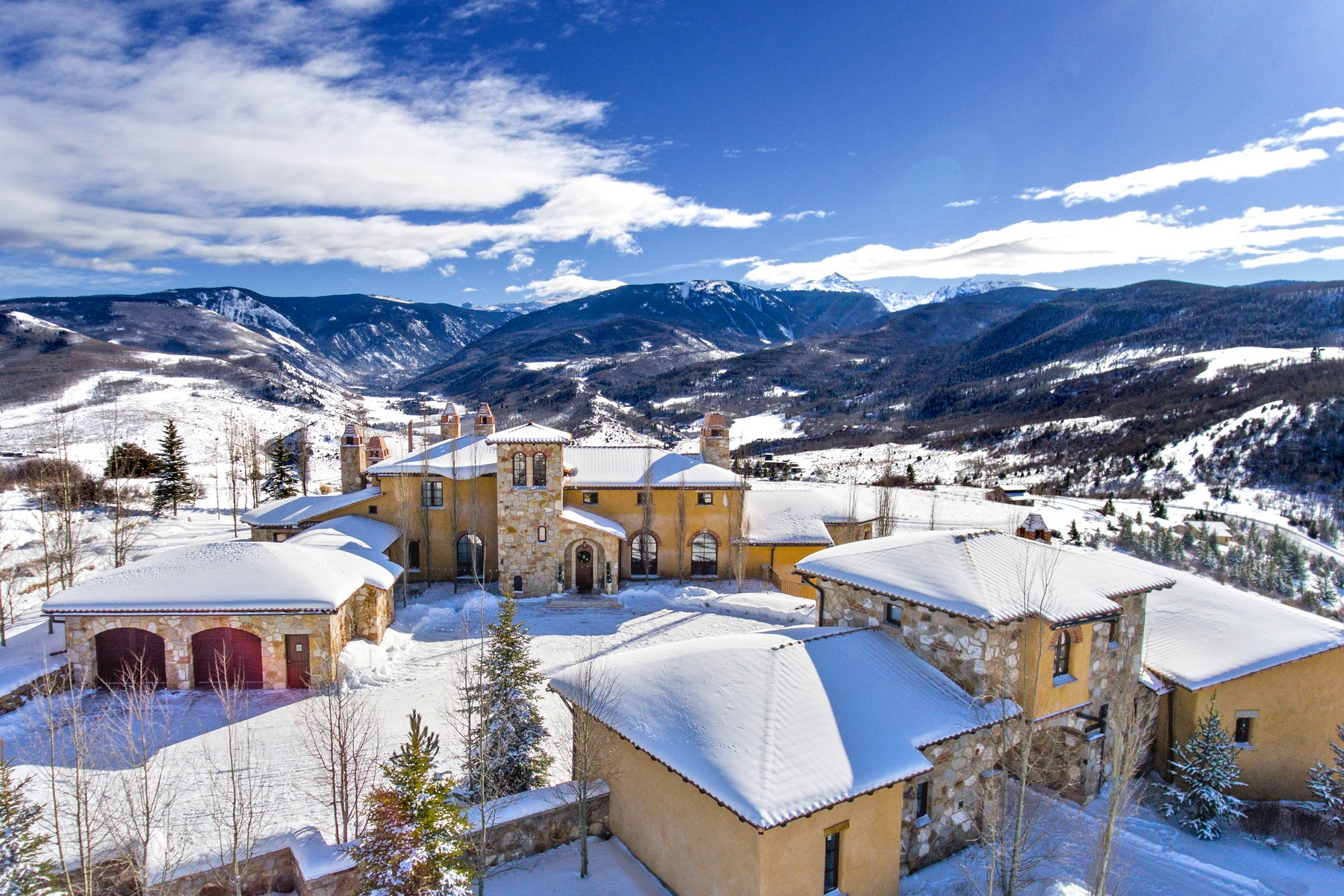 Maison unifamiliale pour l Vente à Luxury Vail Valley Estate 1548 Via La Favorita Edwards, Colorado, 81632 États-Unis