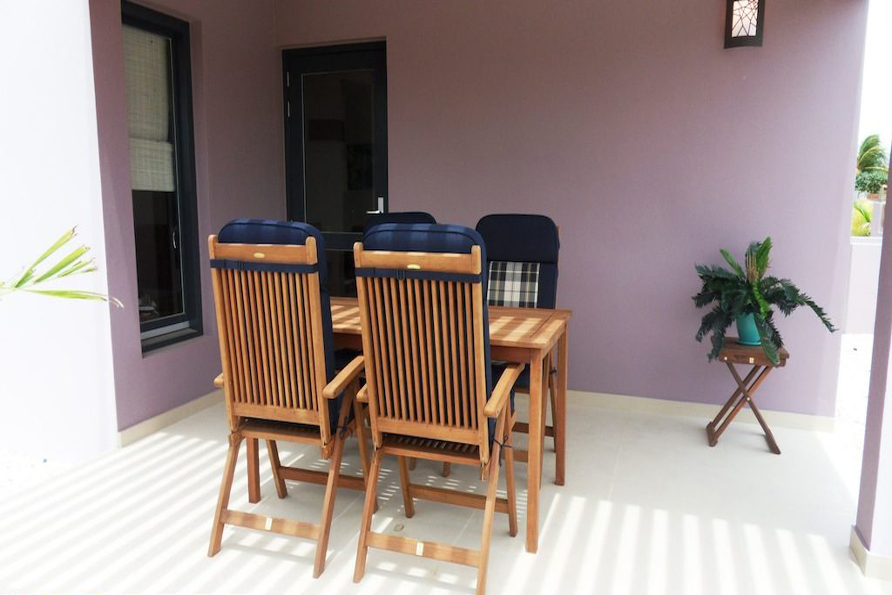 Additional photo for property listing at Villa Saturnus Belnem,  博内尔