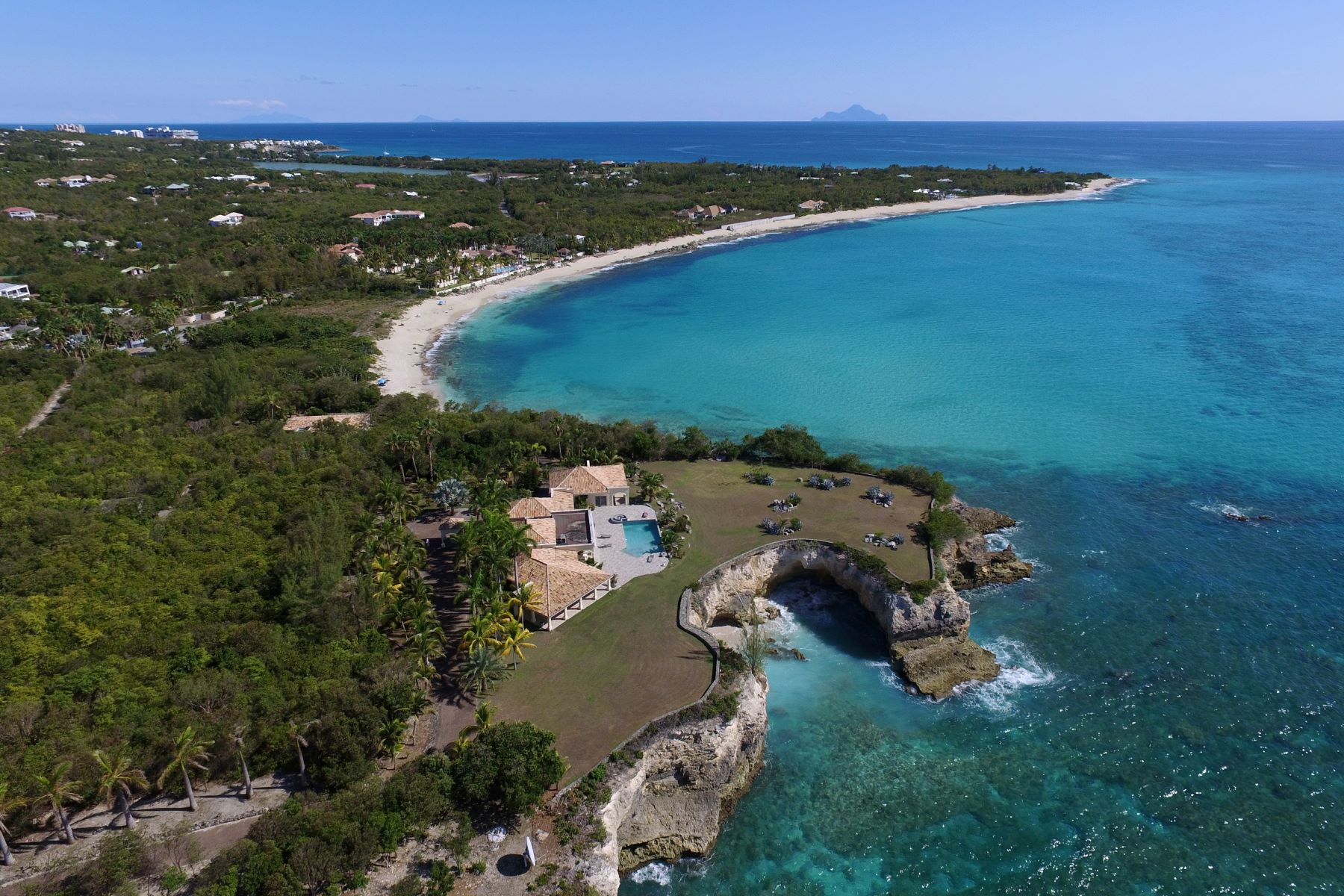 Additional photo for property listing at Plum Point  Terres Basses, Cities In Saint Martin 97150 St. Martin
