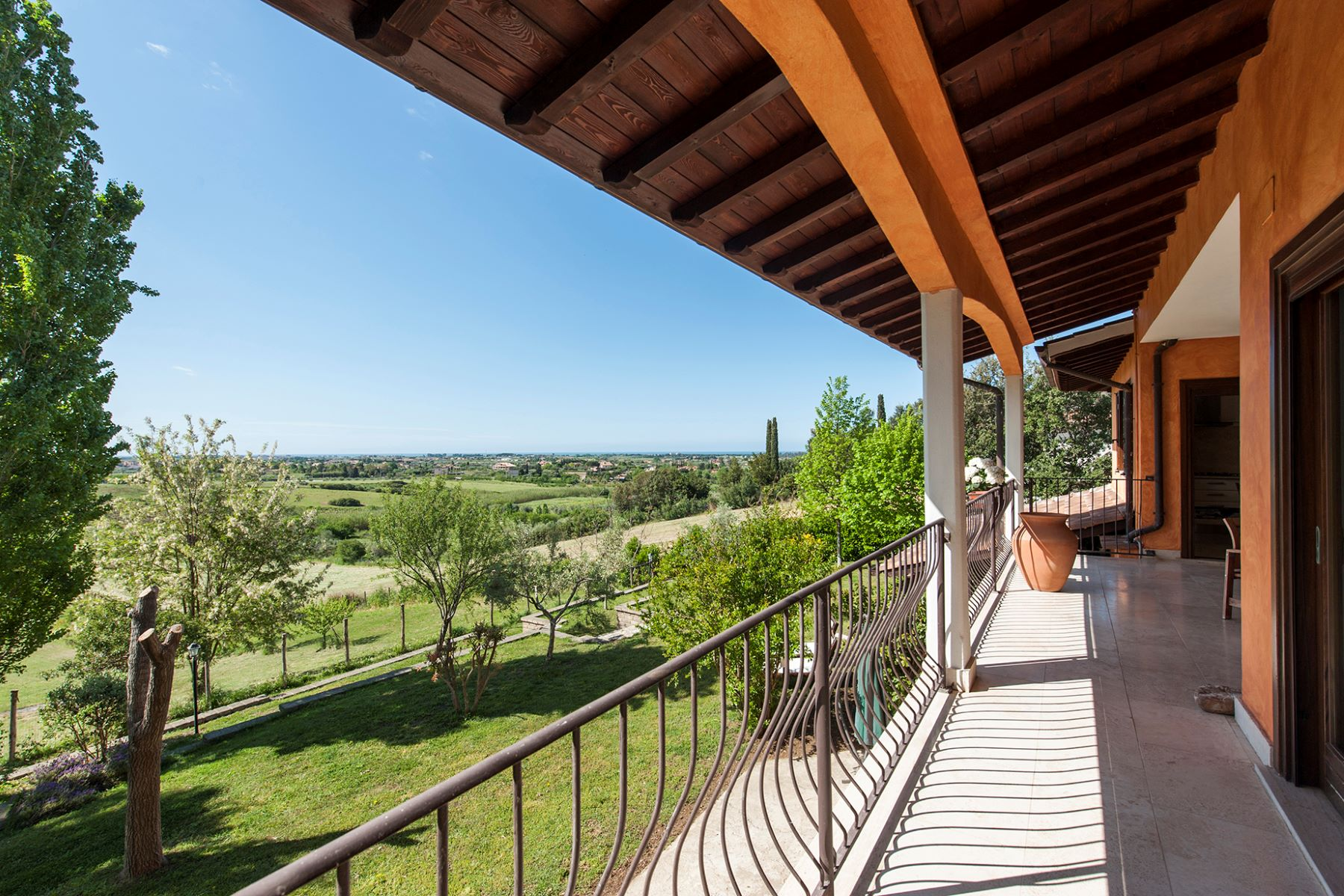 Additional photo for property listing at Country villa in Cerveteri Cerveteri, Roma Italia