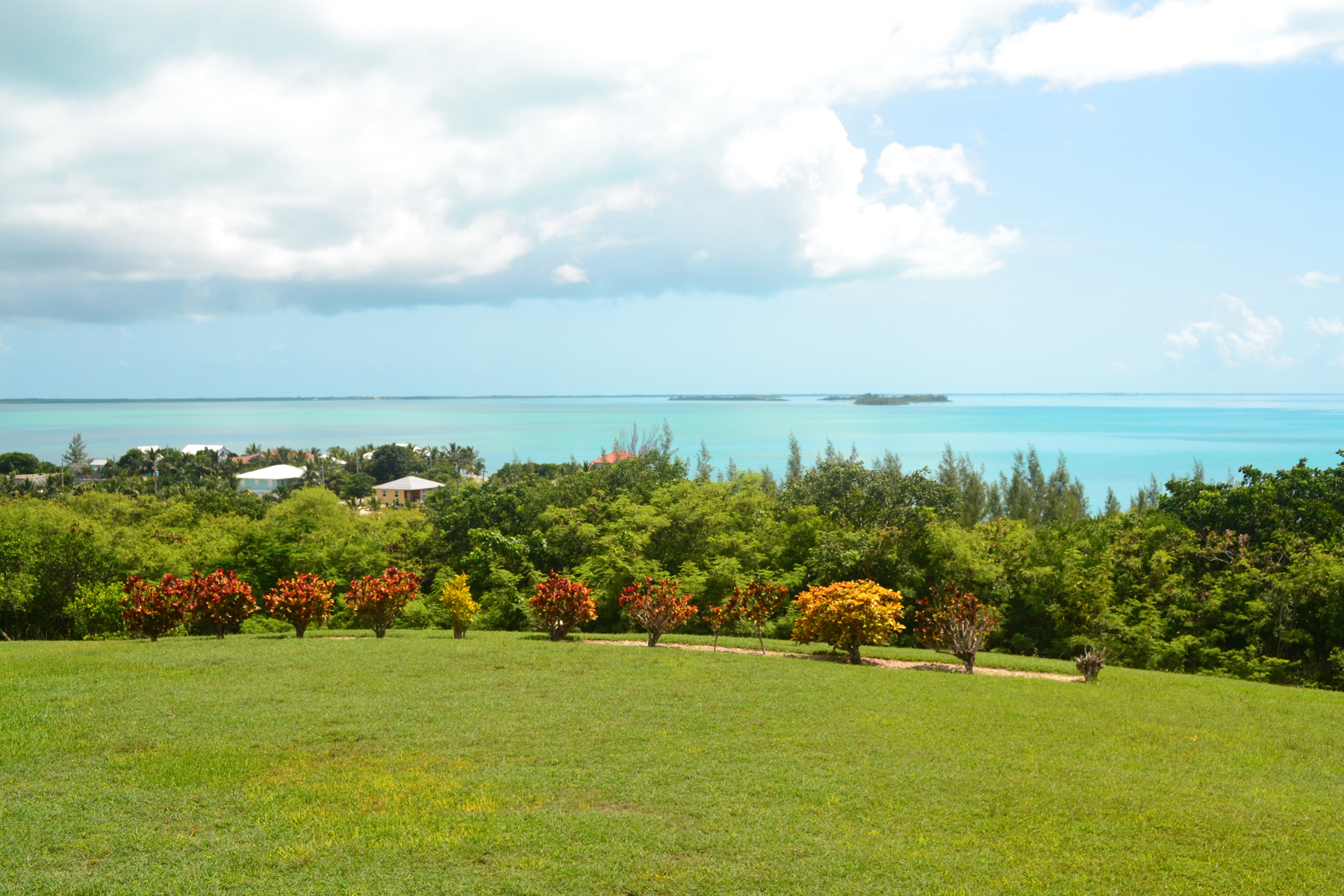 Additional photo for property listing at Pond Point - Waterfront Spanish Wells, Eleuthera Bahamas