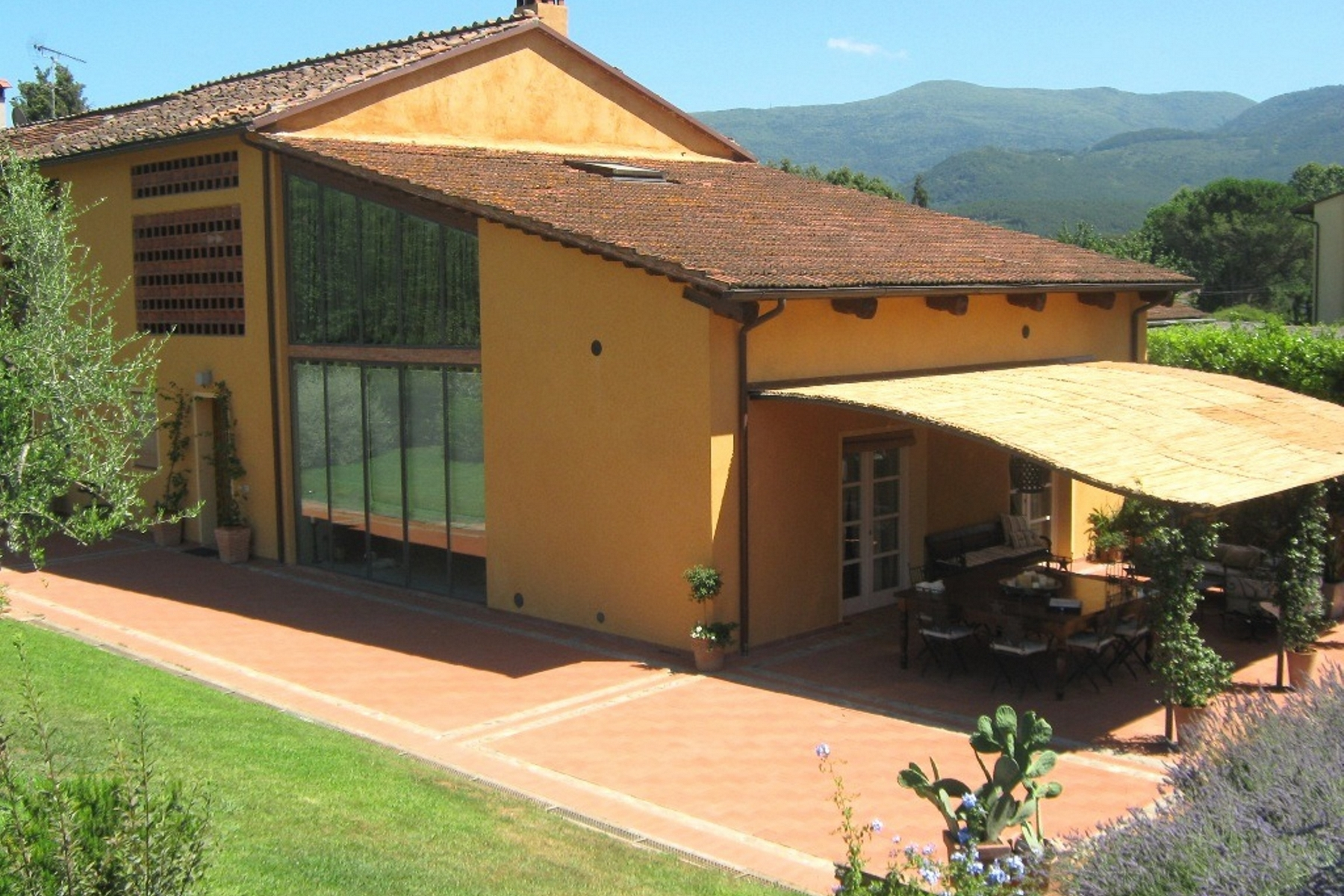 Additional photo for property listing at Adorable farmhouse in the Lucca country-side Via della Fornace Vicopelago, Lucca 55100 Italy