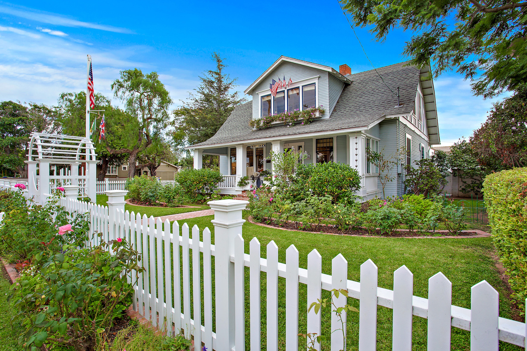 sales property at 624 1st Street