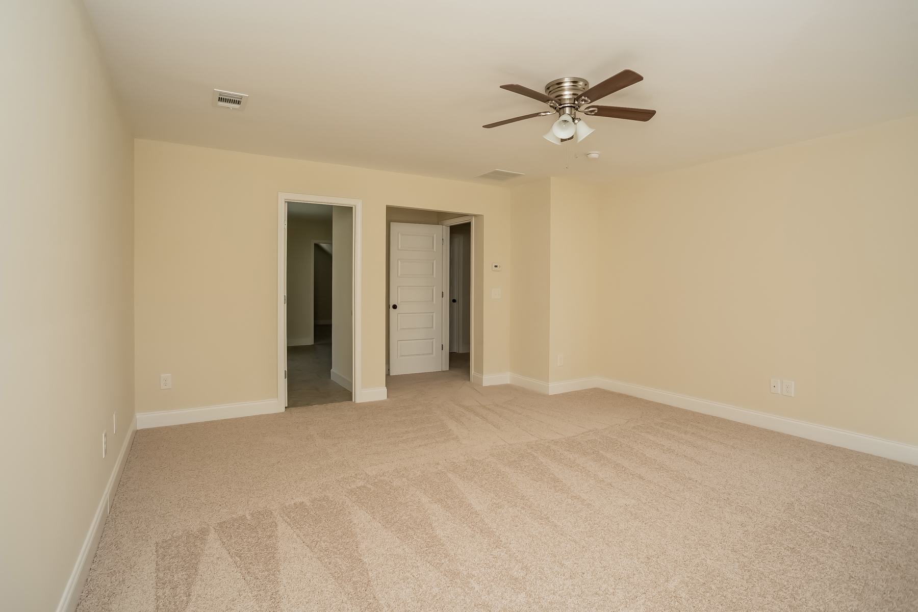 Additional photo for property listing at New Home, All Appliances and Blinds 152 Parkway Drive Fairburn, 喬治亞州 30213 美國