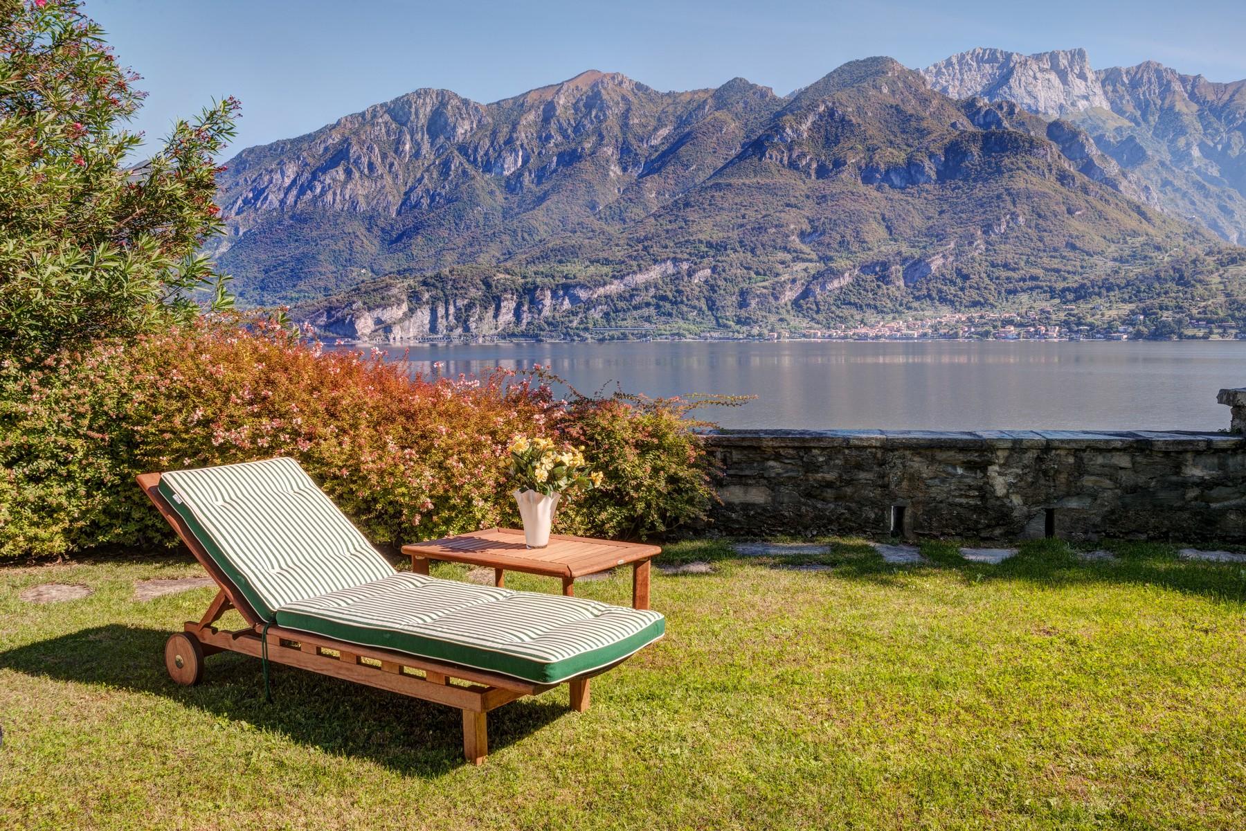 Additional photo for property listing at Magnificent property pieds dans l'eau Via Cadorna Oliveto Lario, Lecco 23865 Italien