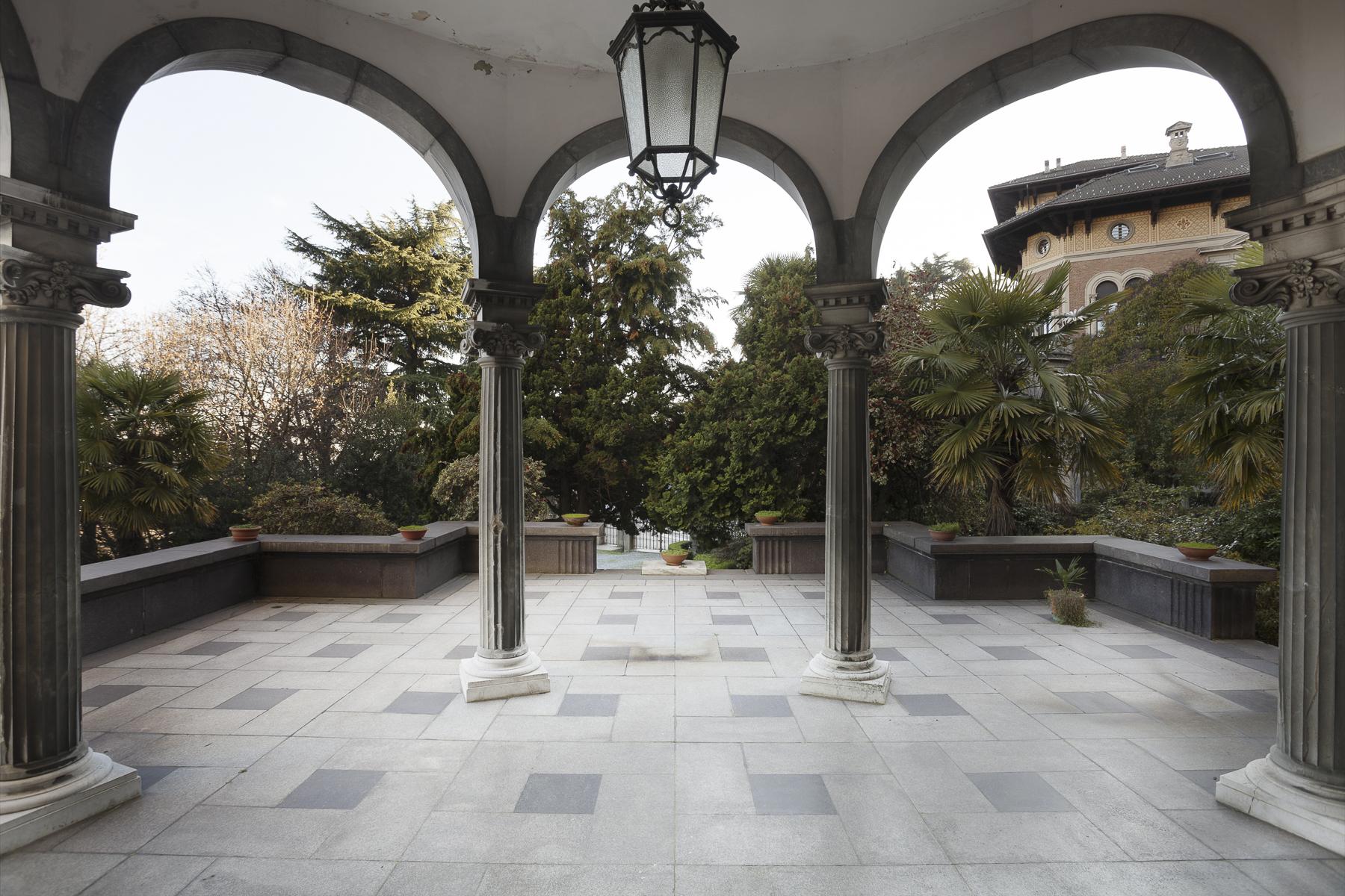 Additional photo for property listing at Beautiful Liberty Style Villa Via Galileo Galilei Biella, Biella 15900 Italia