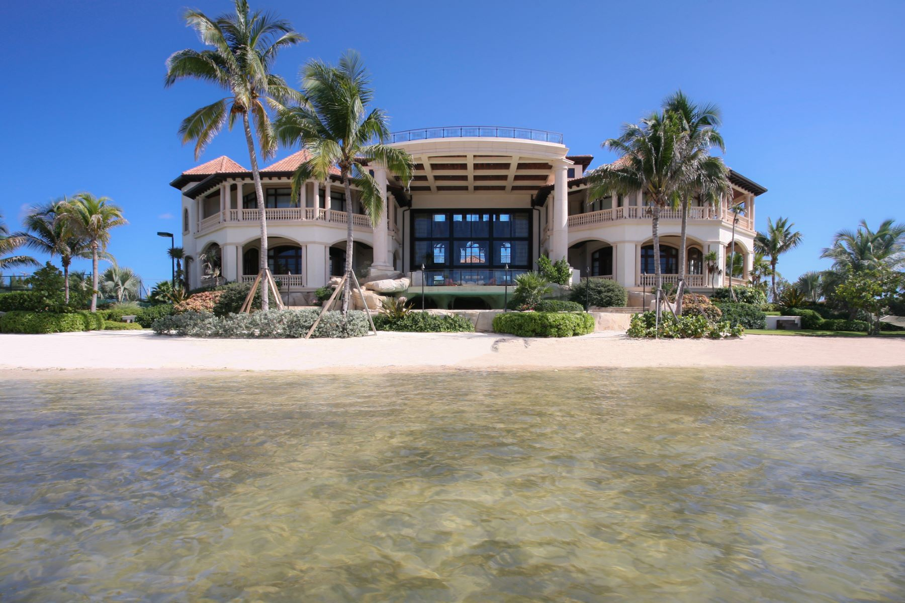 Casa para uma família para Venda às Castillo Caribe, Caribbean luxury real estate Castillo Caribe South Sound Rd George Town, Grand Cayman, KY1 Ilhas Cayman