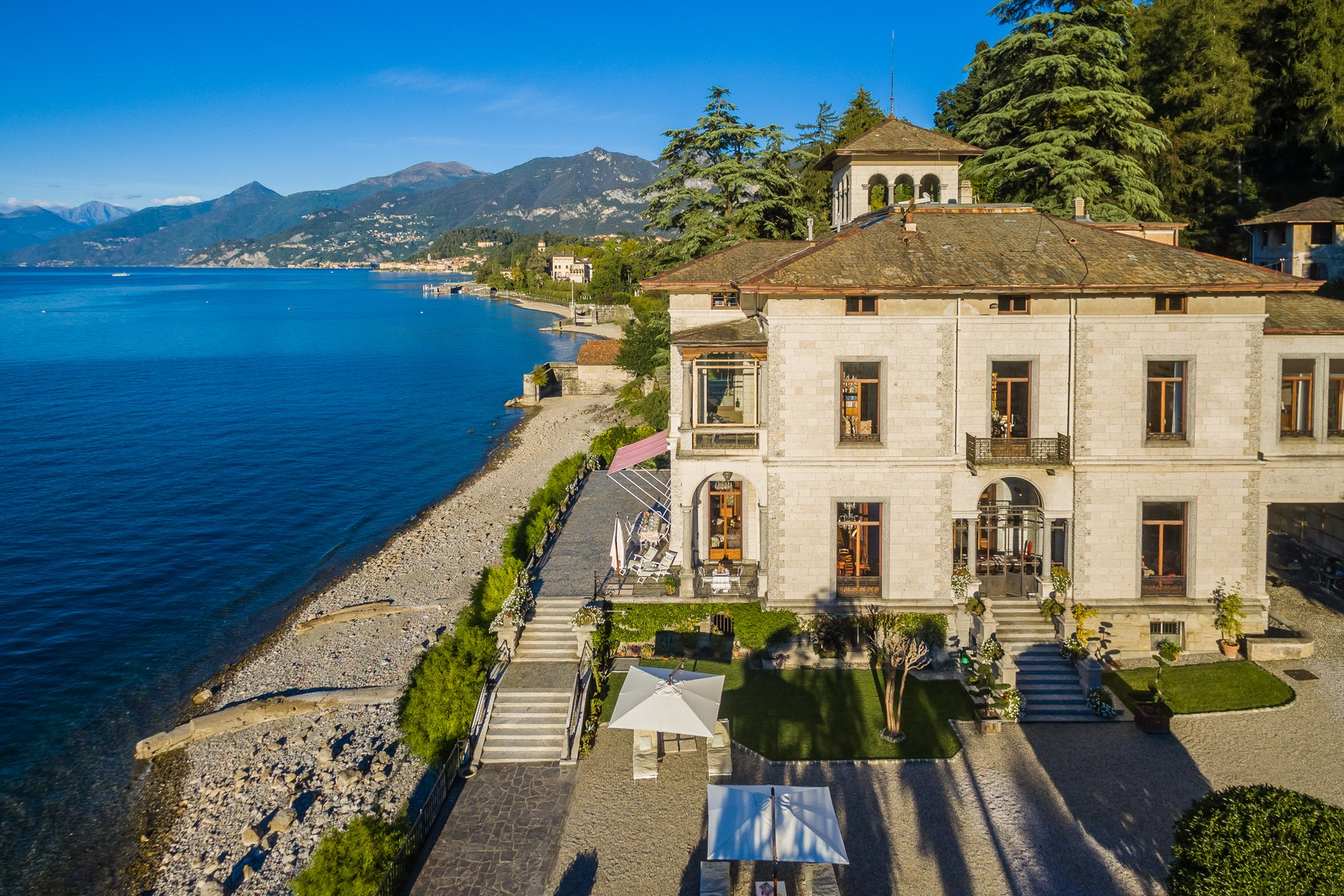 Single Family Home for Rent at Magnificent villa Liberty pieds dans l'eau on Lake Como Via Beneficienza Bellagio, Como 22021 Italy