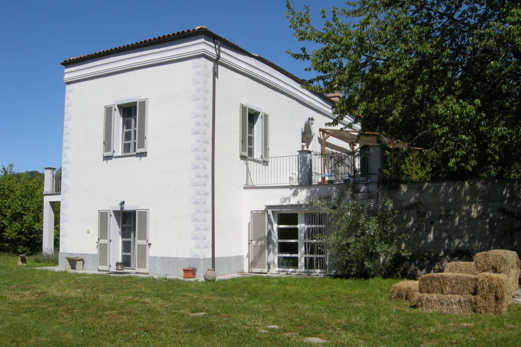 Einfamilienhaus für Verkauf beim Seventeenth century country property renovated in 2011 Malvicino Malvicino, Alessandria 15015, Piemont, Italien