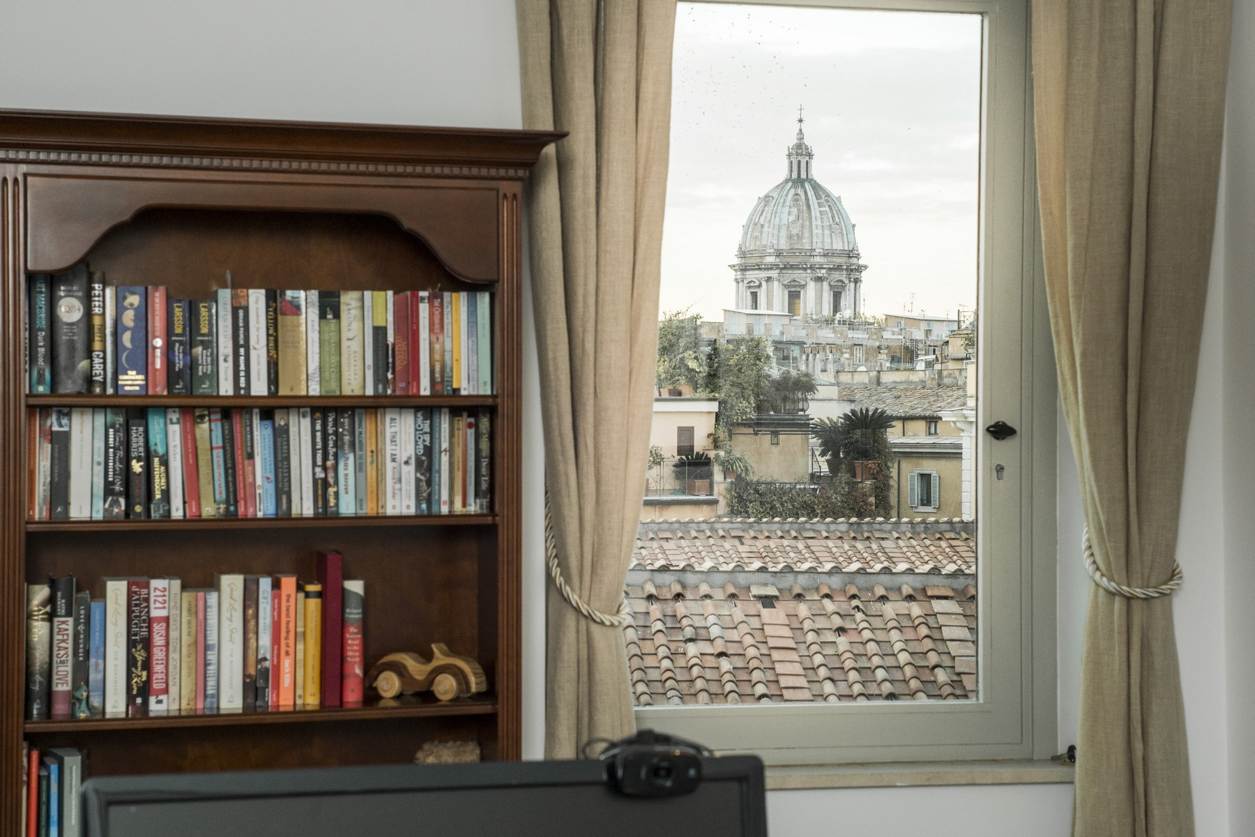 Additional photo for property listing at Splendid palace on 7 floor at the heart of Rome Rome, Roma Italia