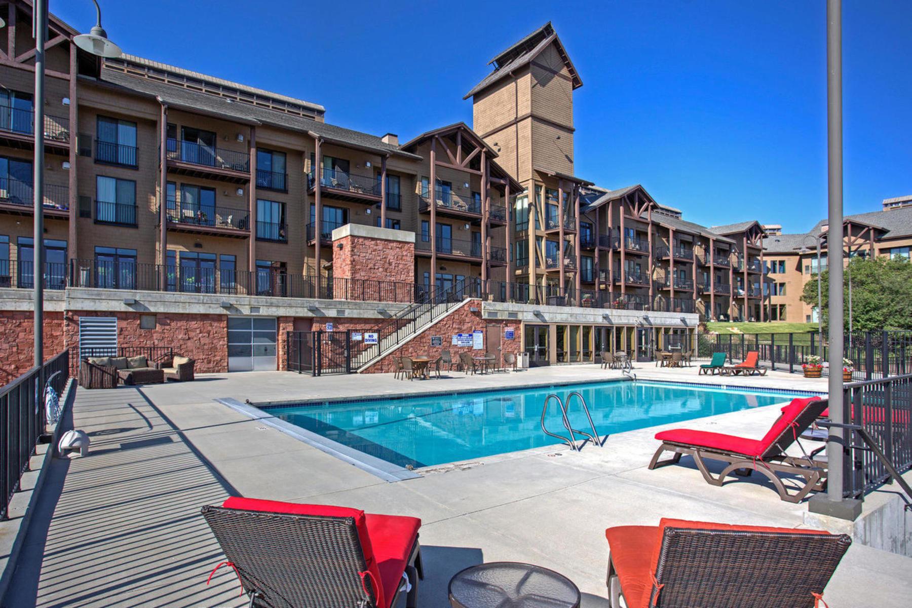 Piso por un Venta en Ground Level UpdatedLodge at Stillwater Condo 1364 W Stillwater Dr #R1062 Heber City, Utah, 84032 Estados Unidos