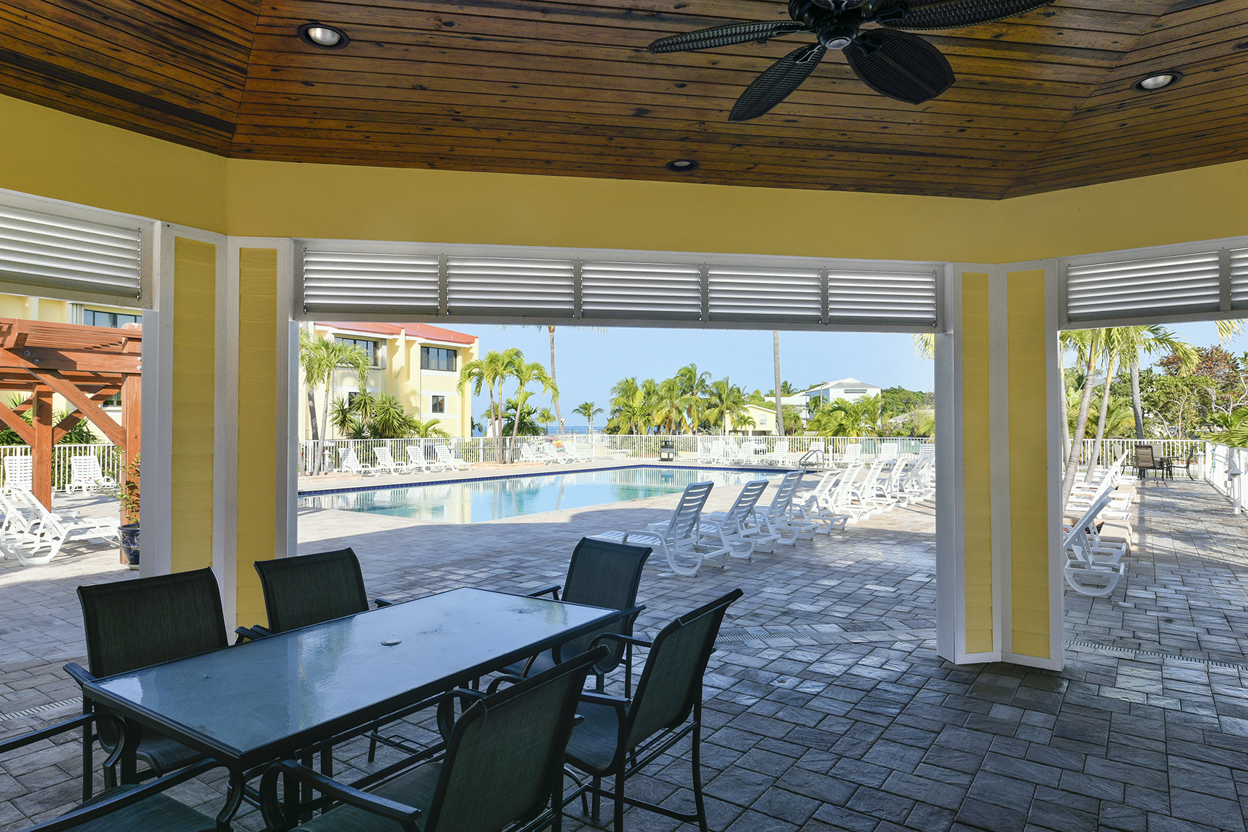 Additional photo for property listing at Futura Yacht Club Unit 88540  Overseas Hwy A 403 Plantation Key, Florida 33070 United States