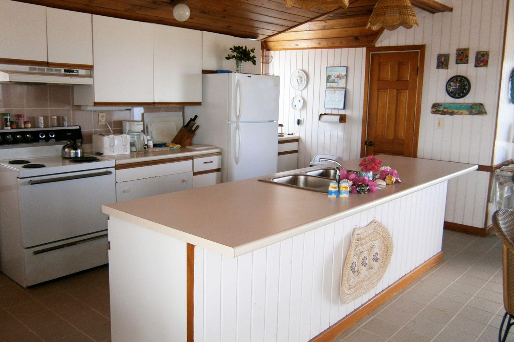 Additional photo for property listing at Arawak Cottage Eleuthera, Eleuthera Bahamas