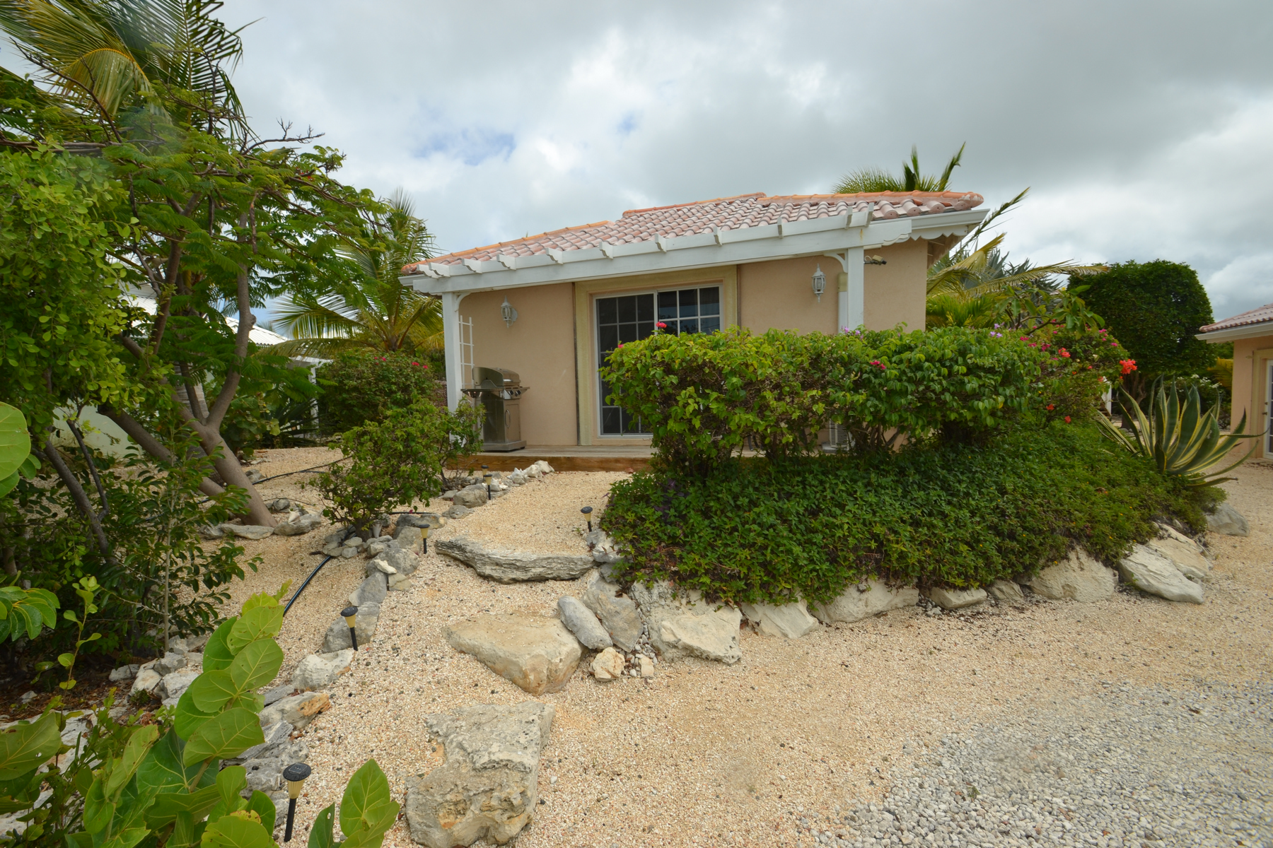Additional photo for property listing at Discovery Bay Canalfront Canalfront Discovery Bay, Providenciales TC Turks And Caicos Islands