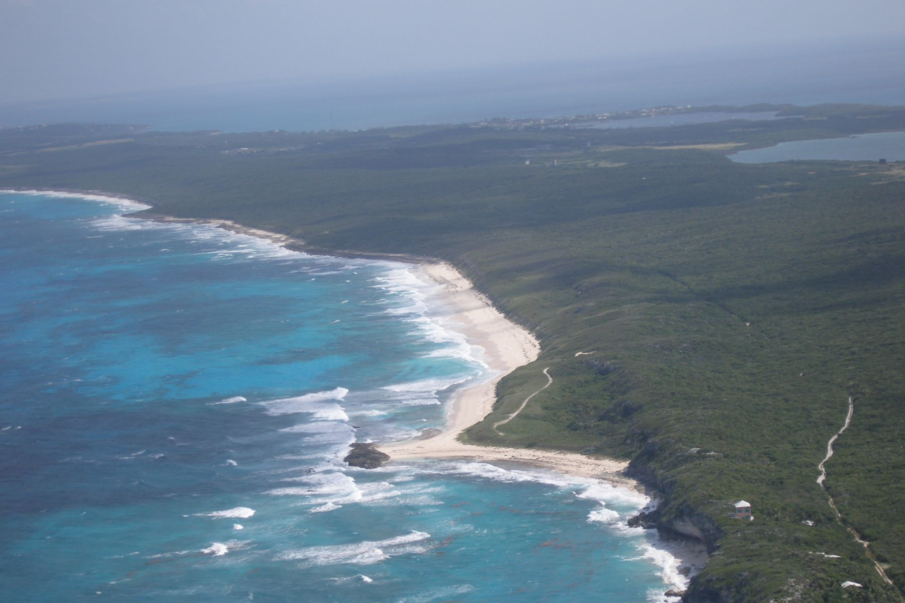 Additional photo for property listing at Surfers Beach Vista Eleuthera Island Shores, 格里高利城, 伊路瑟拉 巴哈马