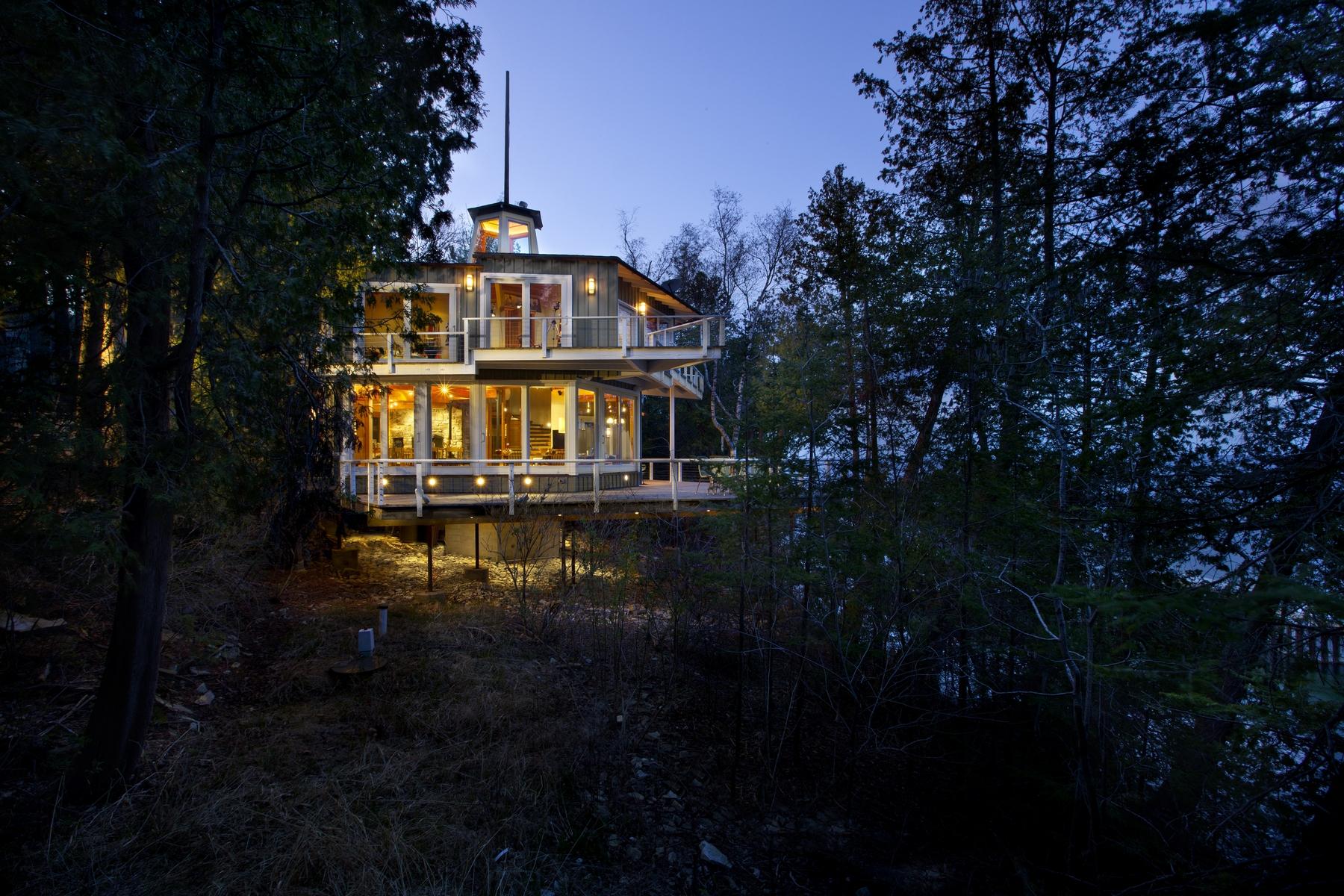 واحد منزل الأسرة للـ Sale في Lakefront Mid-Century Modern 12676 Door Bluff Park Rd, Ellison Bay, Wisconsin, 54210 United States