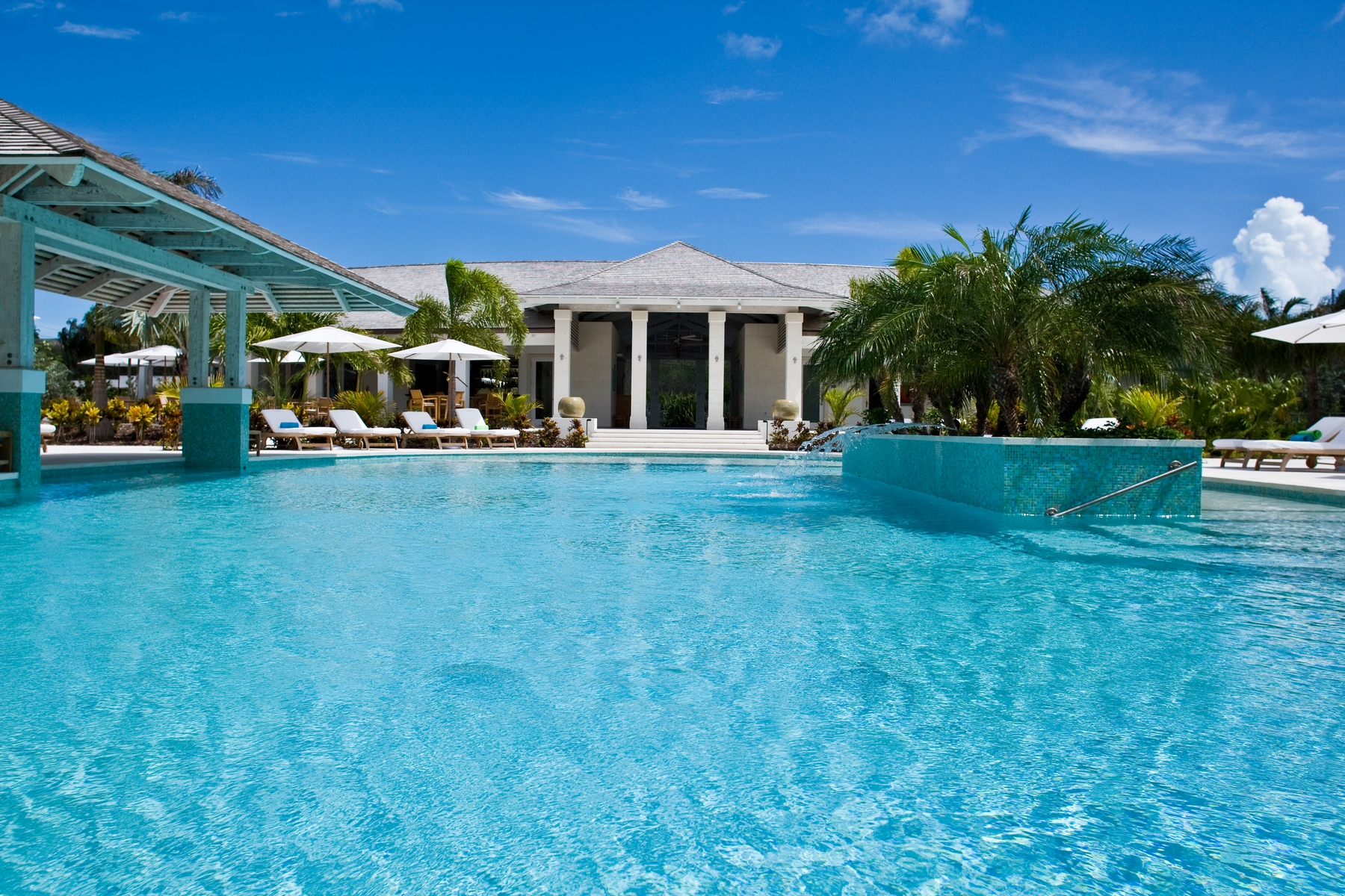 Additional photo for property listing at West Bay Club - Suite 210 West Bay Club, Grace Bay, Providenciales Turks And Caicos Islands