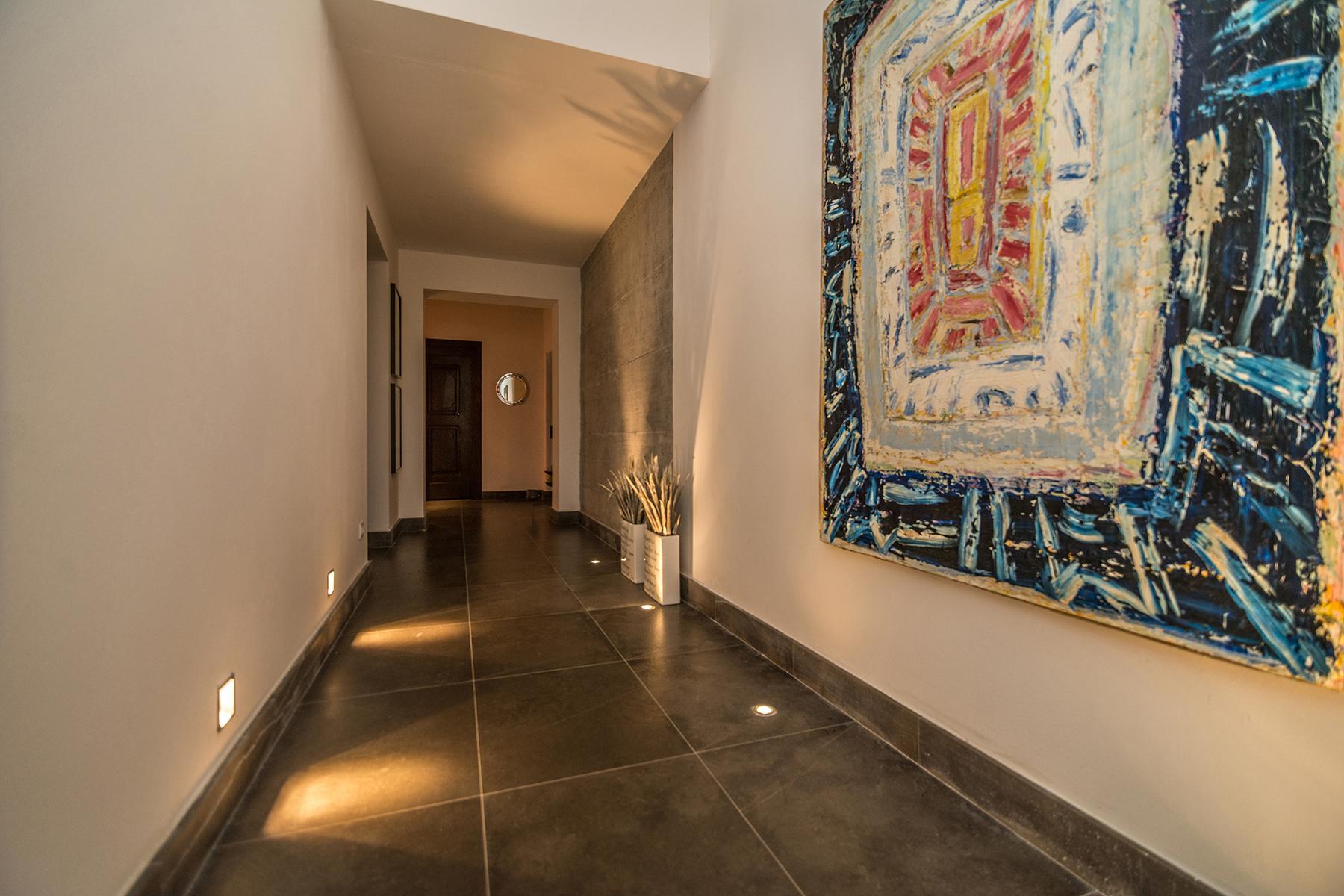 Additional photo for property listing at Unique luxury contemporary villa in an olive grove estate Massa Marittima, Grosseto Italie