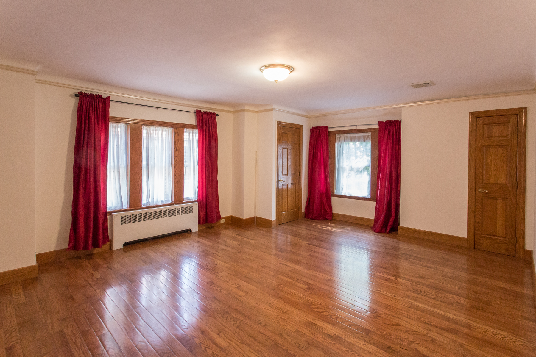 "Additional photo for property listing at ""TRADITIONAL LUXURY"" 81 Puritan Avenue, Forest Hills Gardens, Forest Hills, Nueva York 11375 Estados Unidos"