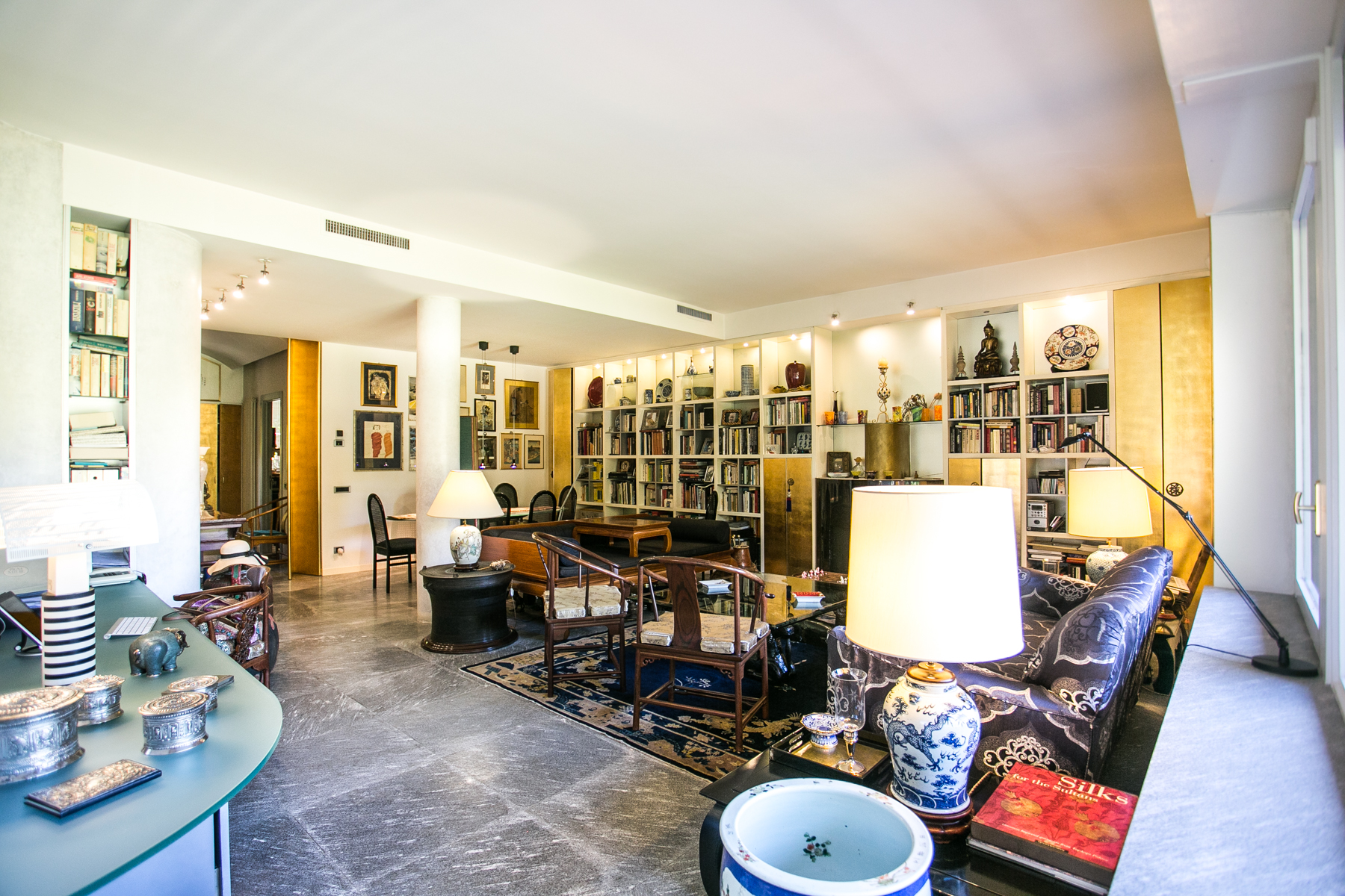 Apartamento por un Venta en Multi level apartament inside Monticello golf club Via Volta Monticello, Como 22070 Italia