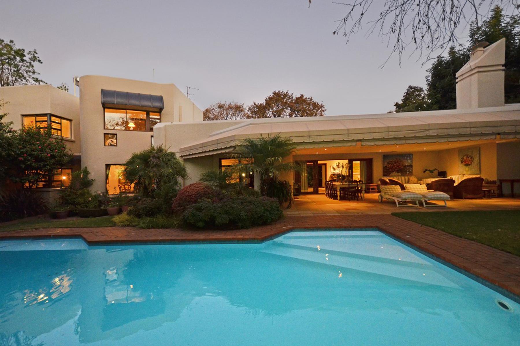 Maison unifamiliale pour l Vente à Illovo Illovo, Johannesburg, Gauteng Afrique Du Sud
