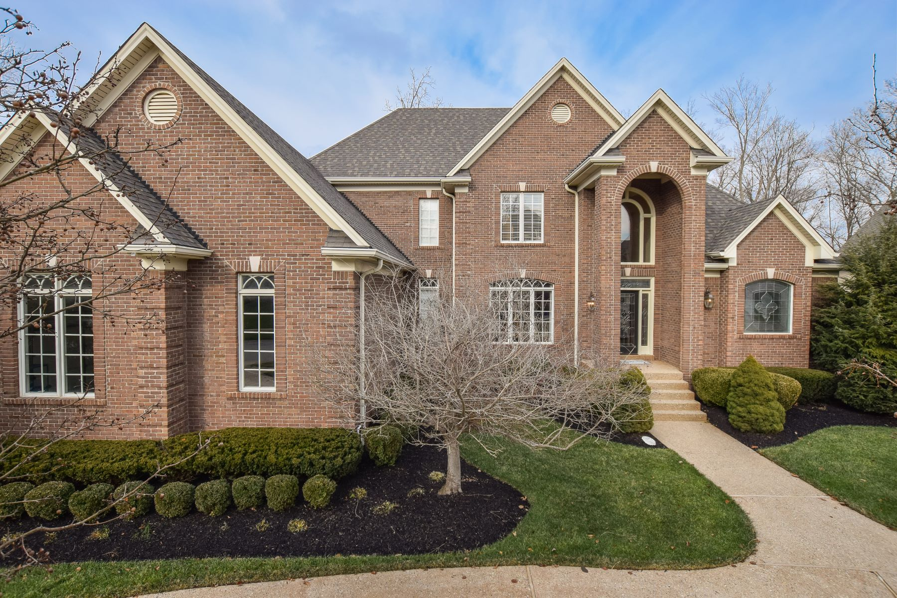 Single Family Home for Sale at 15125 Meadow Farms Court Louisville, Kentucky 40245 United States