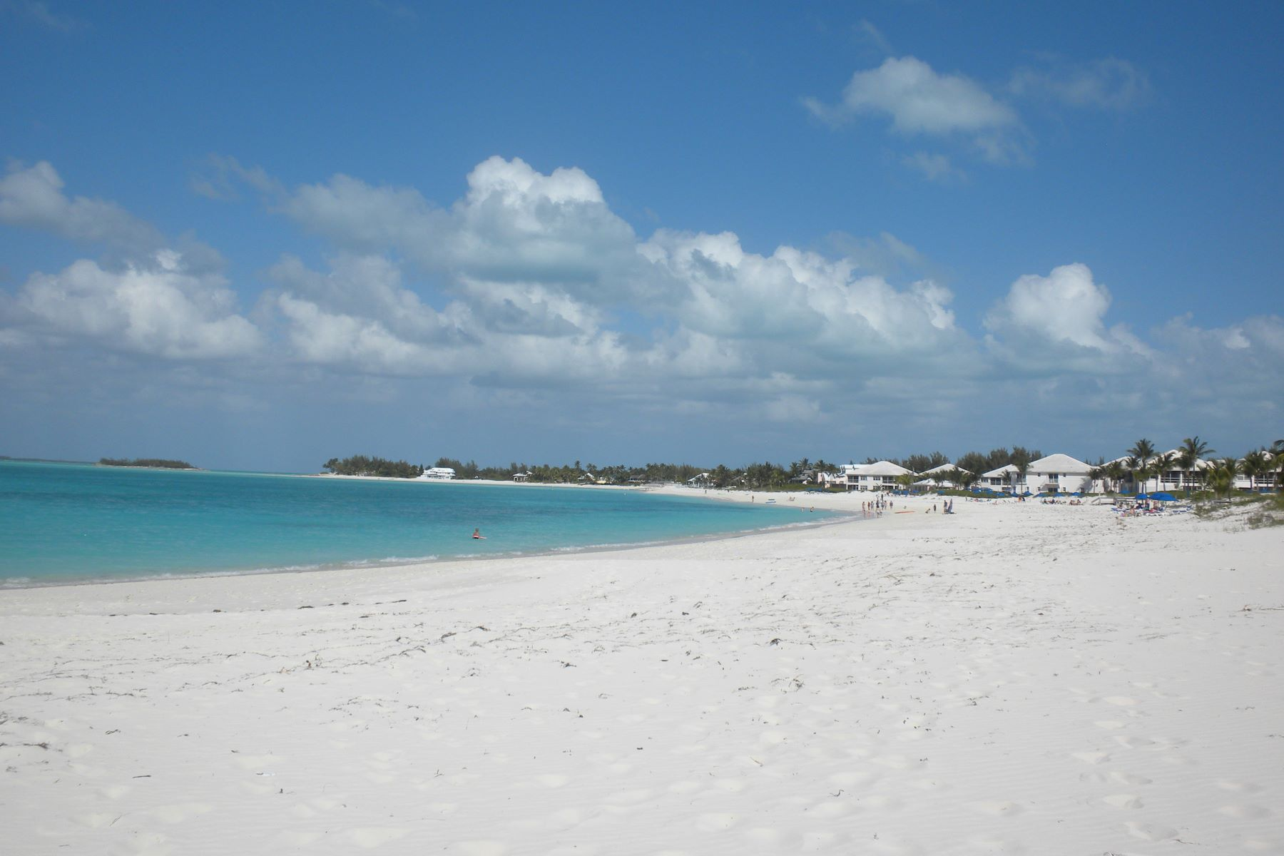 Terreno por un Venta en Multi-Family Lots Treasure Cay, Abaco, Bahamas