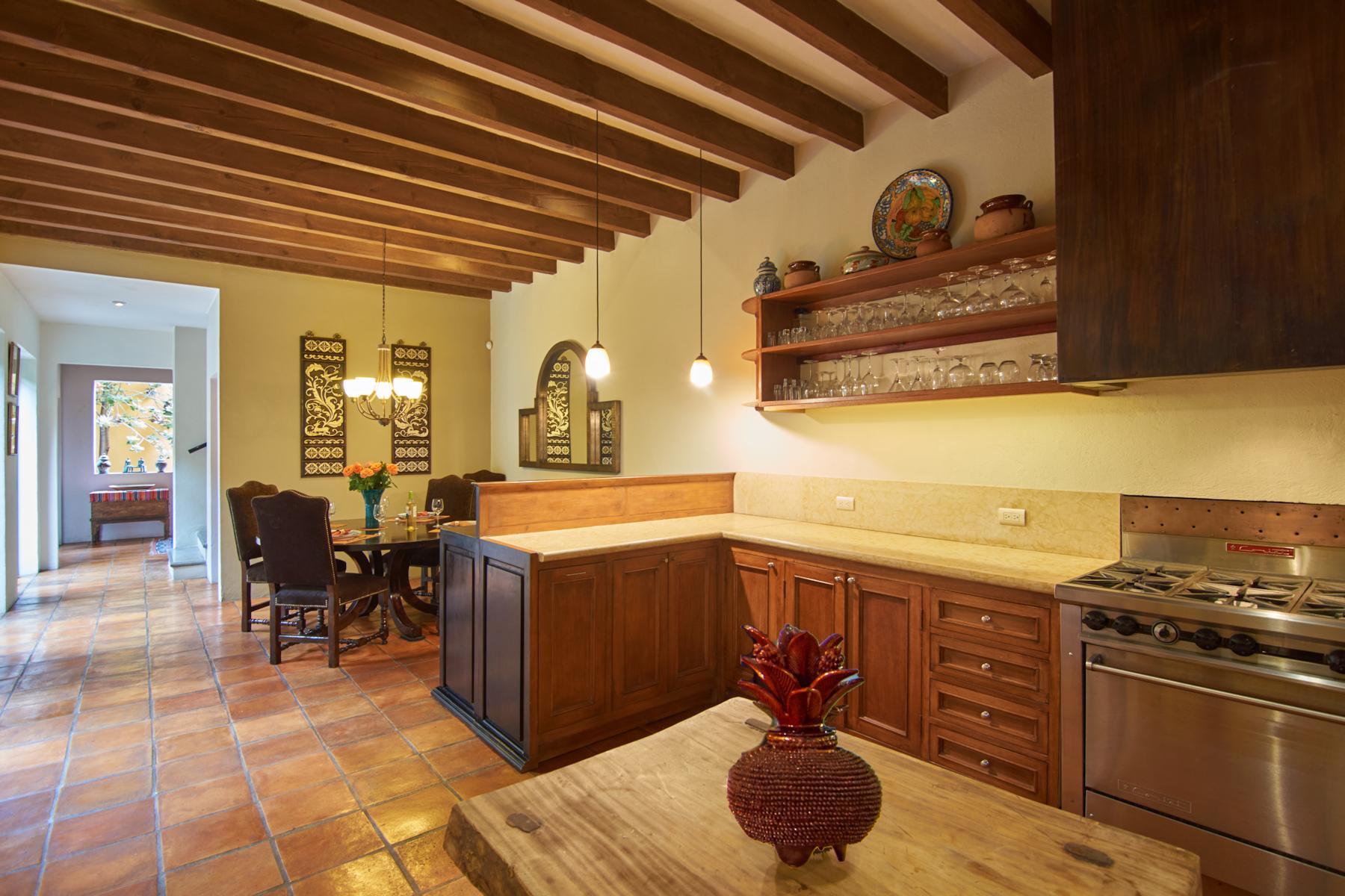 Additional photo for property listing at Casa Susan Guadiana, San Miguel De Allende, Guanajuato Mexico