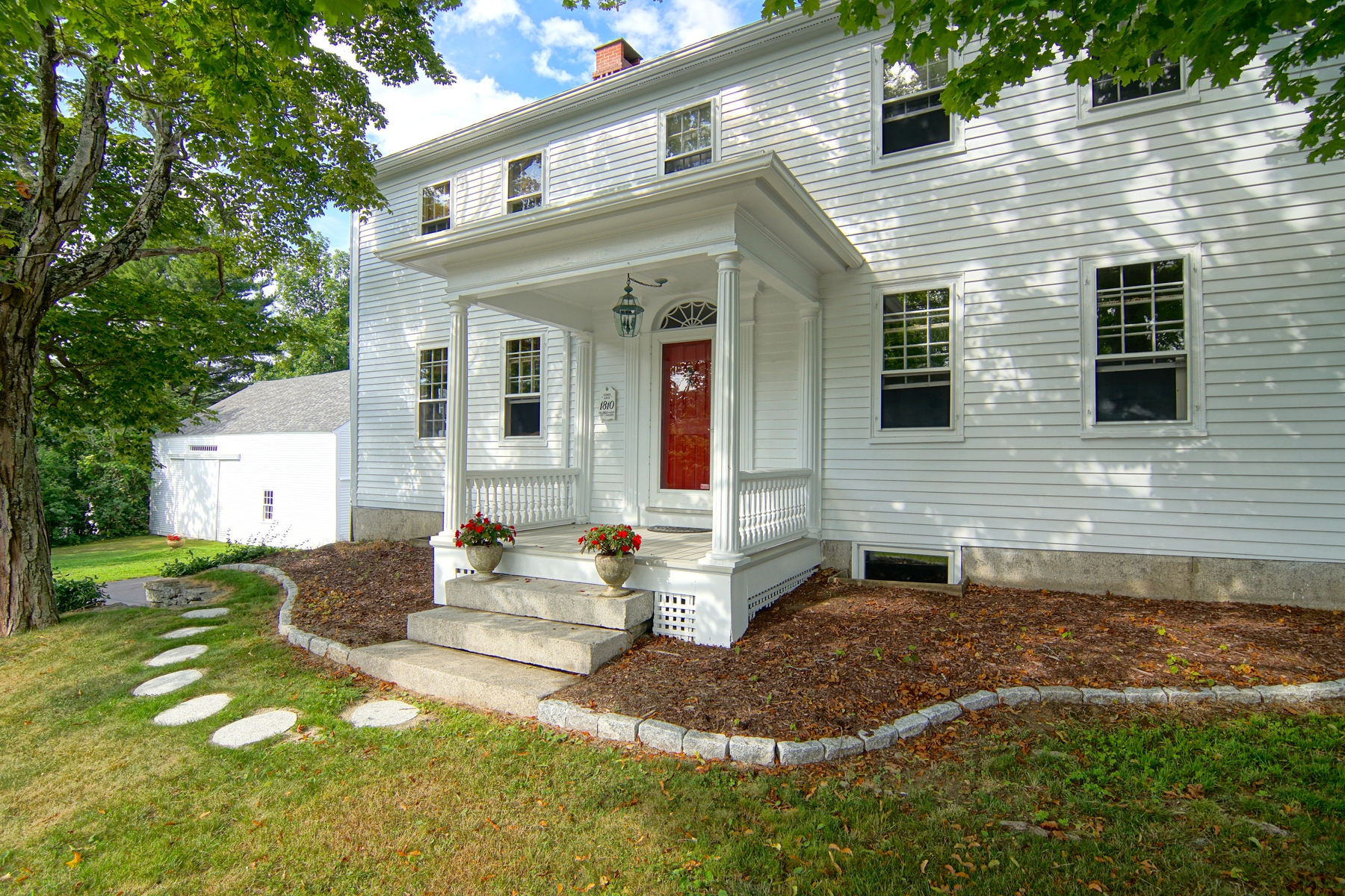 Maison unifamiliale pour l Vente à 1 Central Road, Rye NH 03870 Rye, New Hampshire, 03870 États-Unis